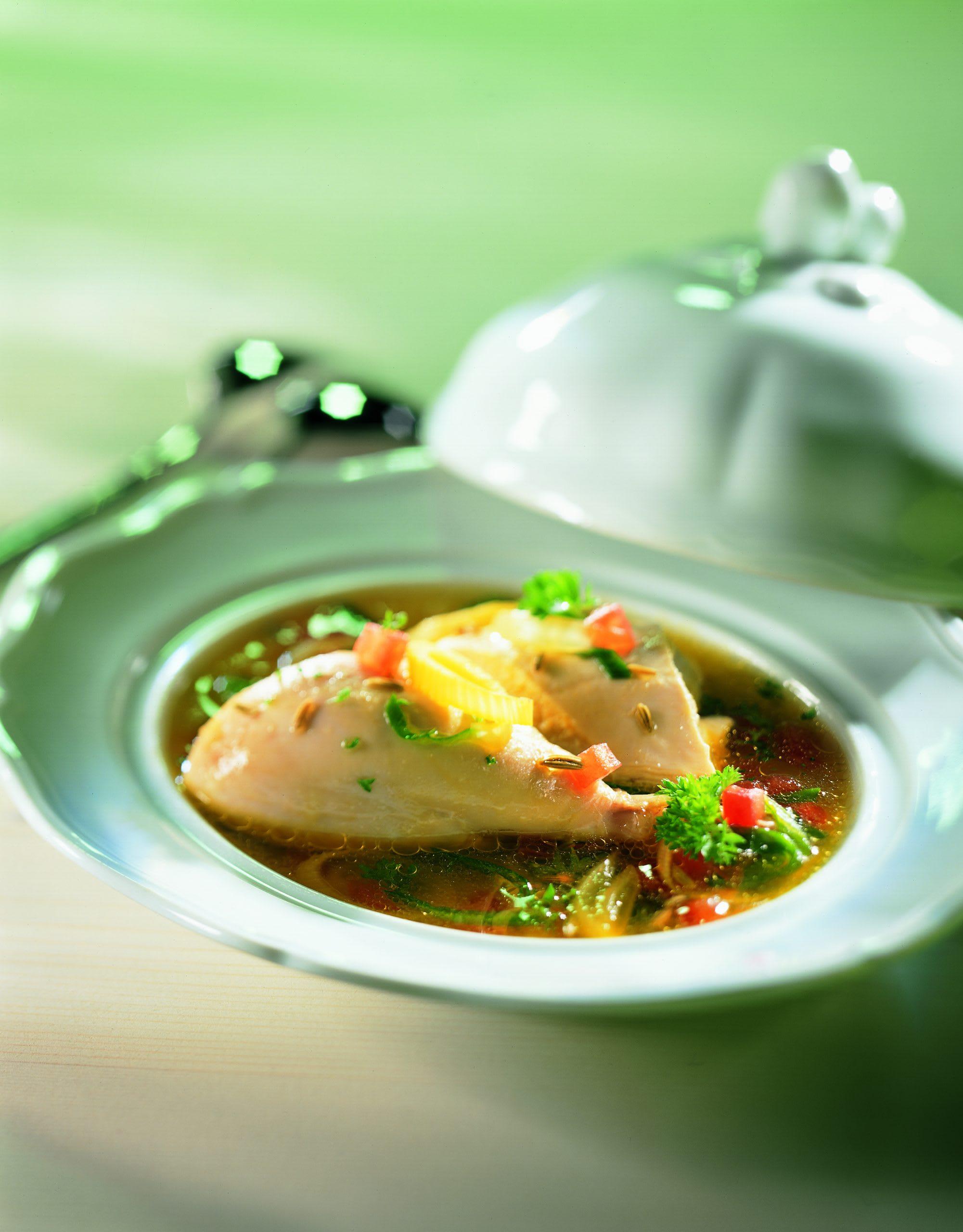 Bouillabaisse vom Suppenhuhn