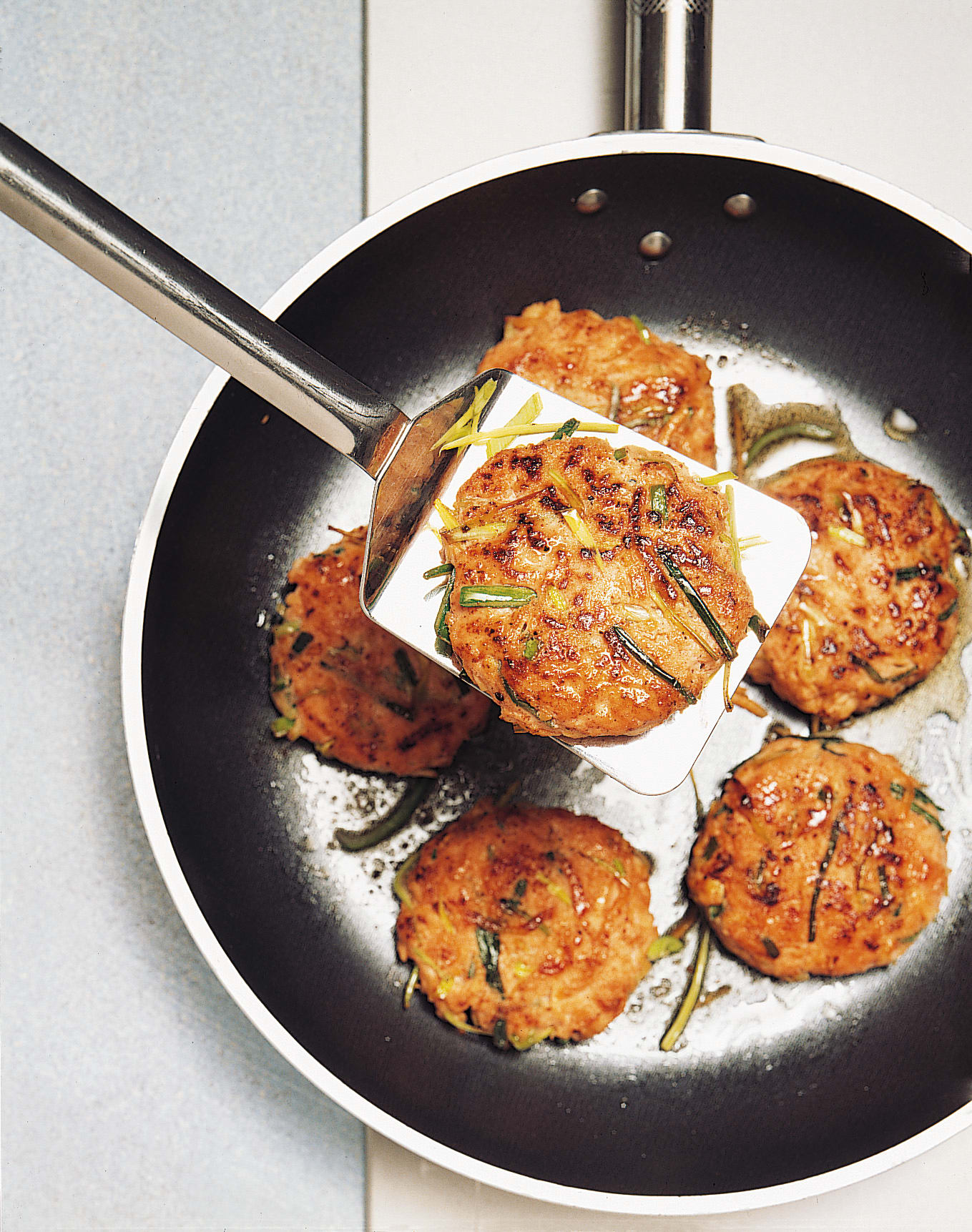 Brät-Gemüse-Burger
