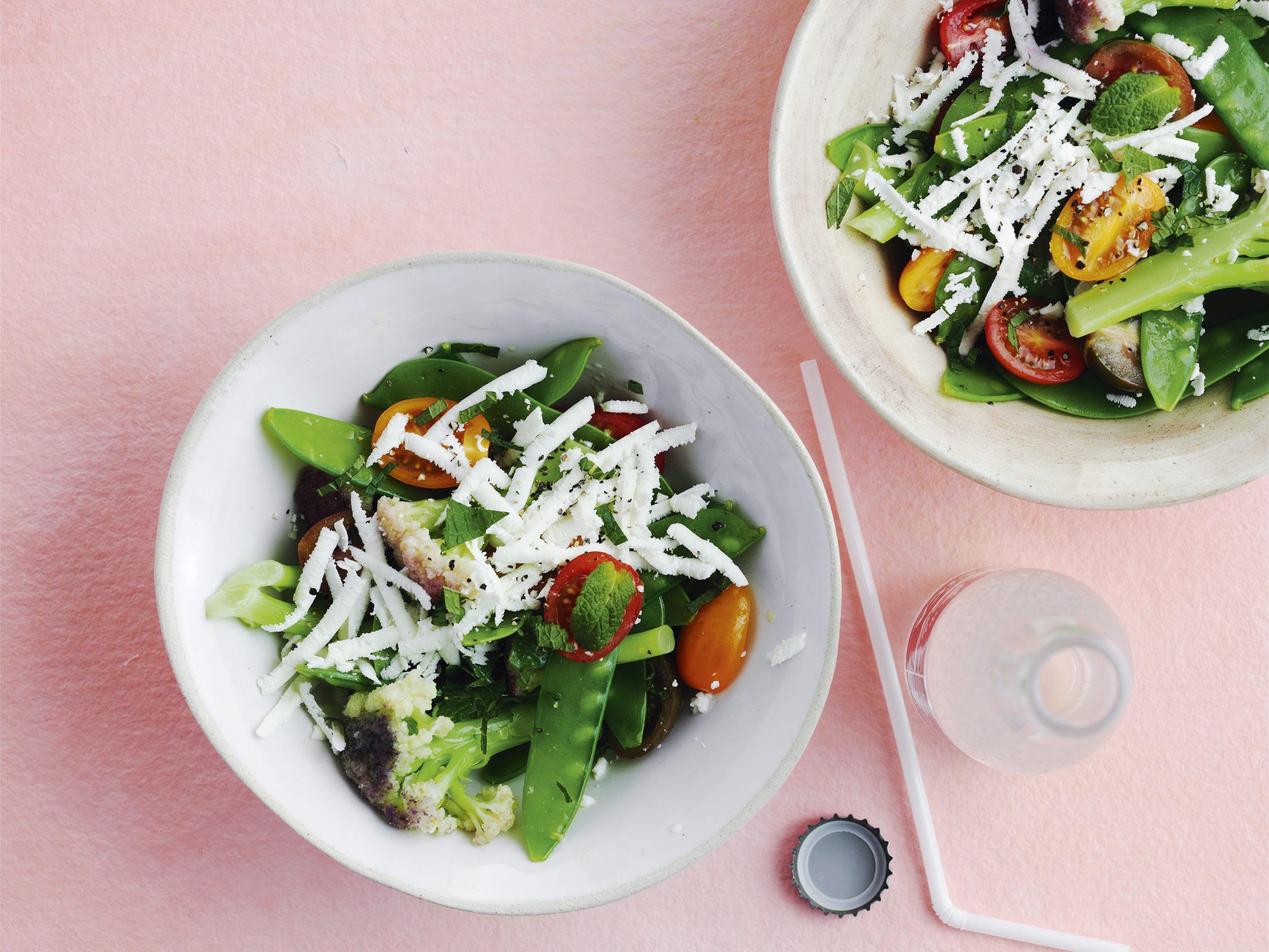 Salade colorée au fromage frais