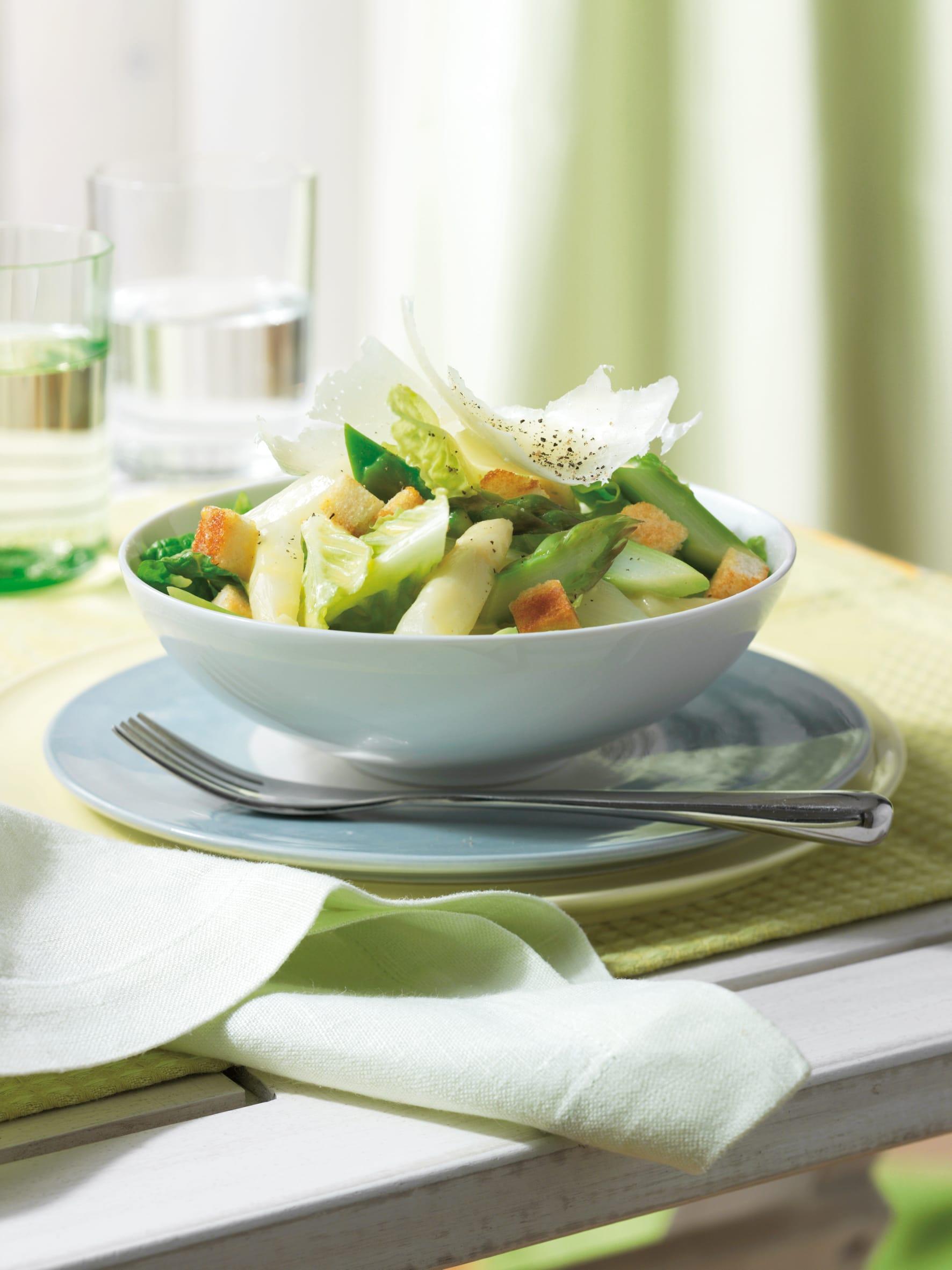 Salade César aux asperges