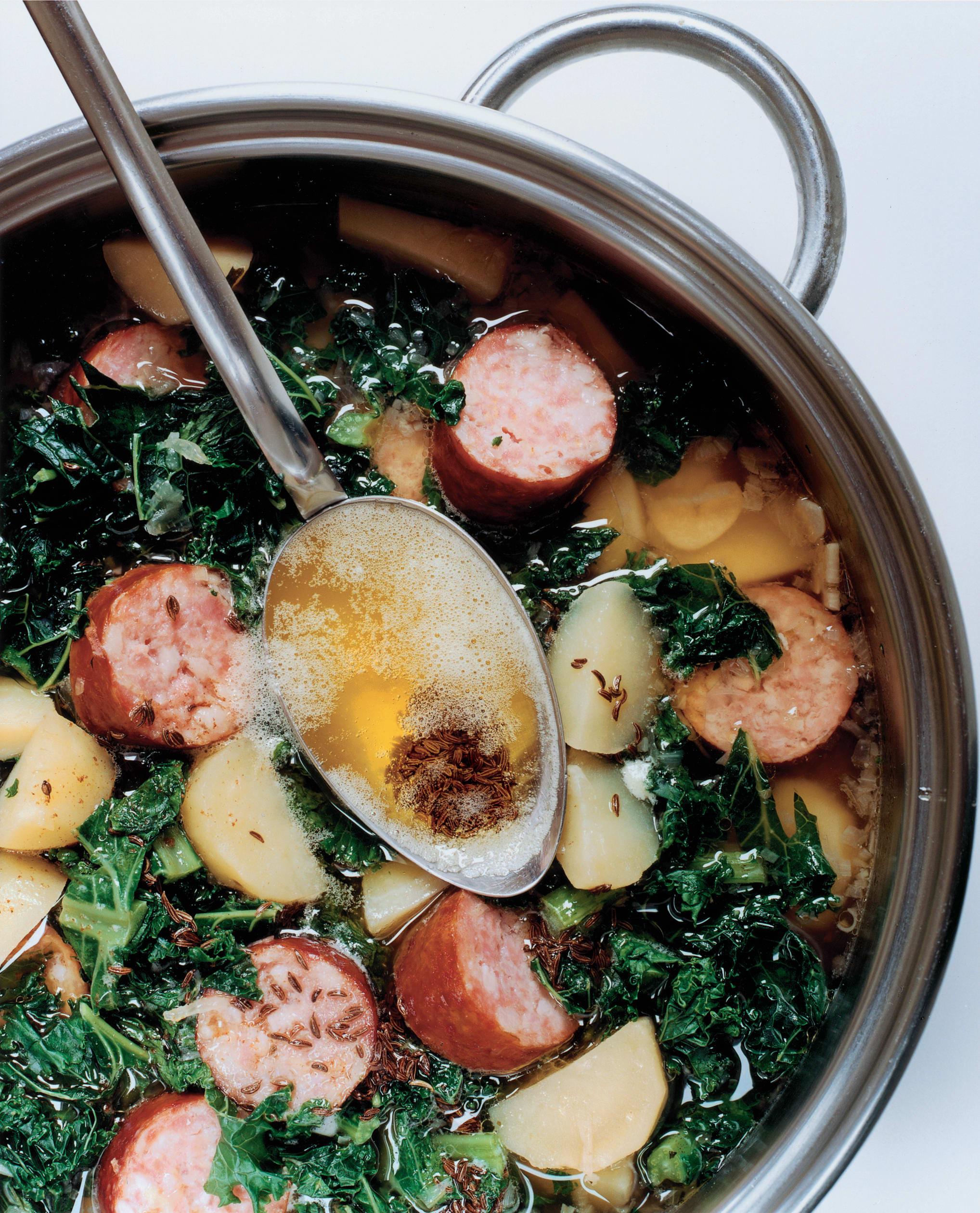 Caldo Verde (soupe portugaise au chou kale)