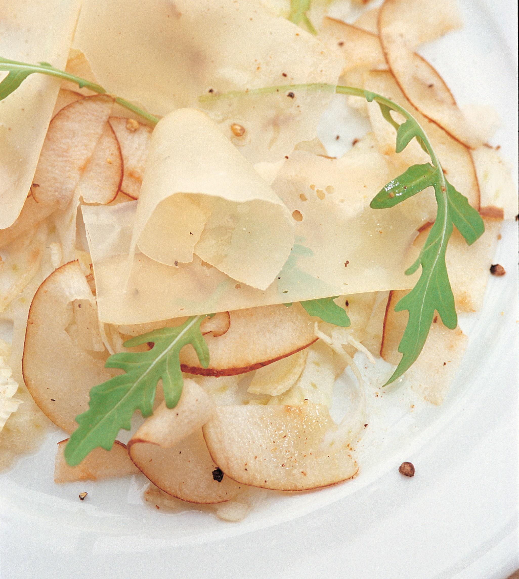 Carpaccio de fenouil et de poire au fromage à rebibes