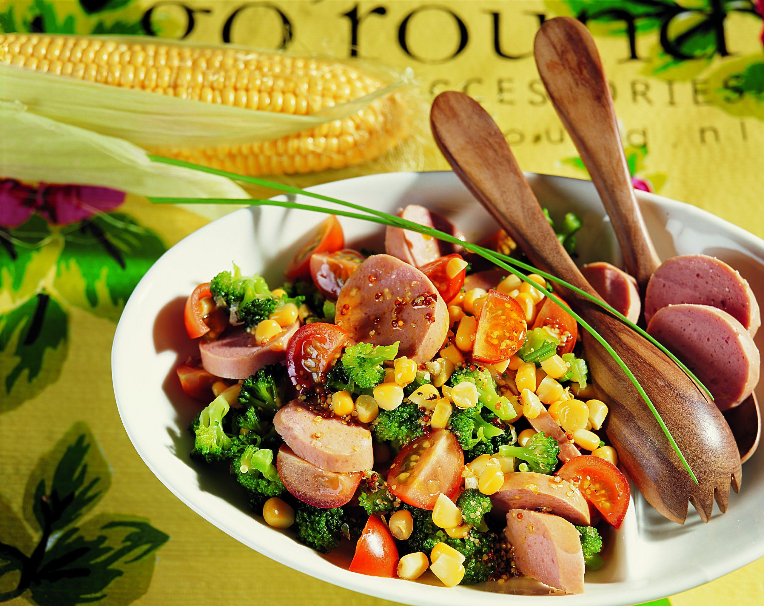 Cervelat-Gemüse-Salat