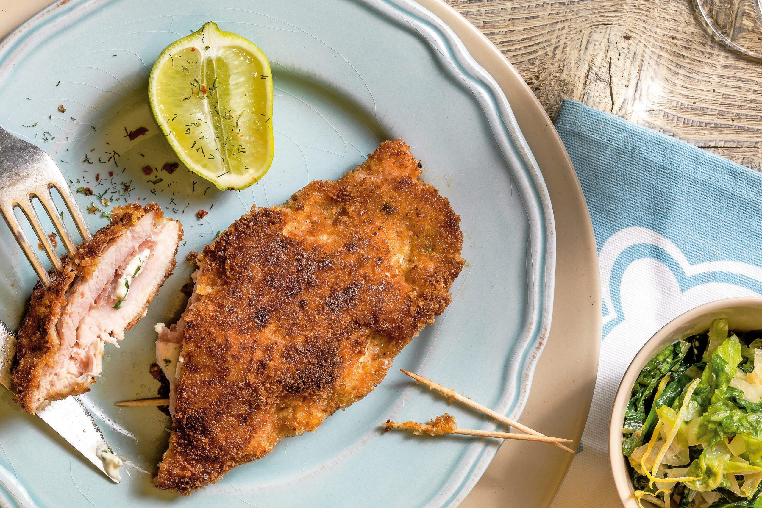 Cordon bleu mit Frischkäsefüllung auf Rahm-Lattich