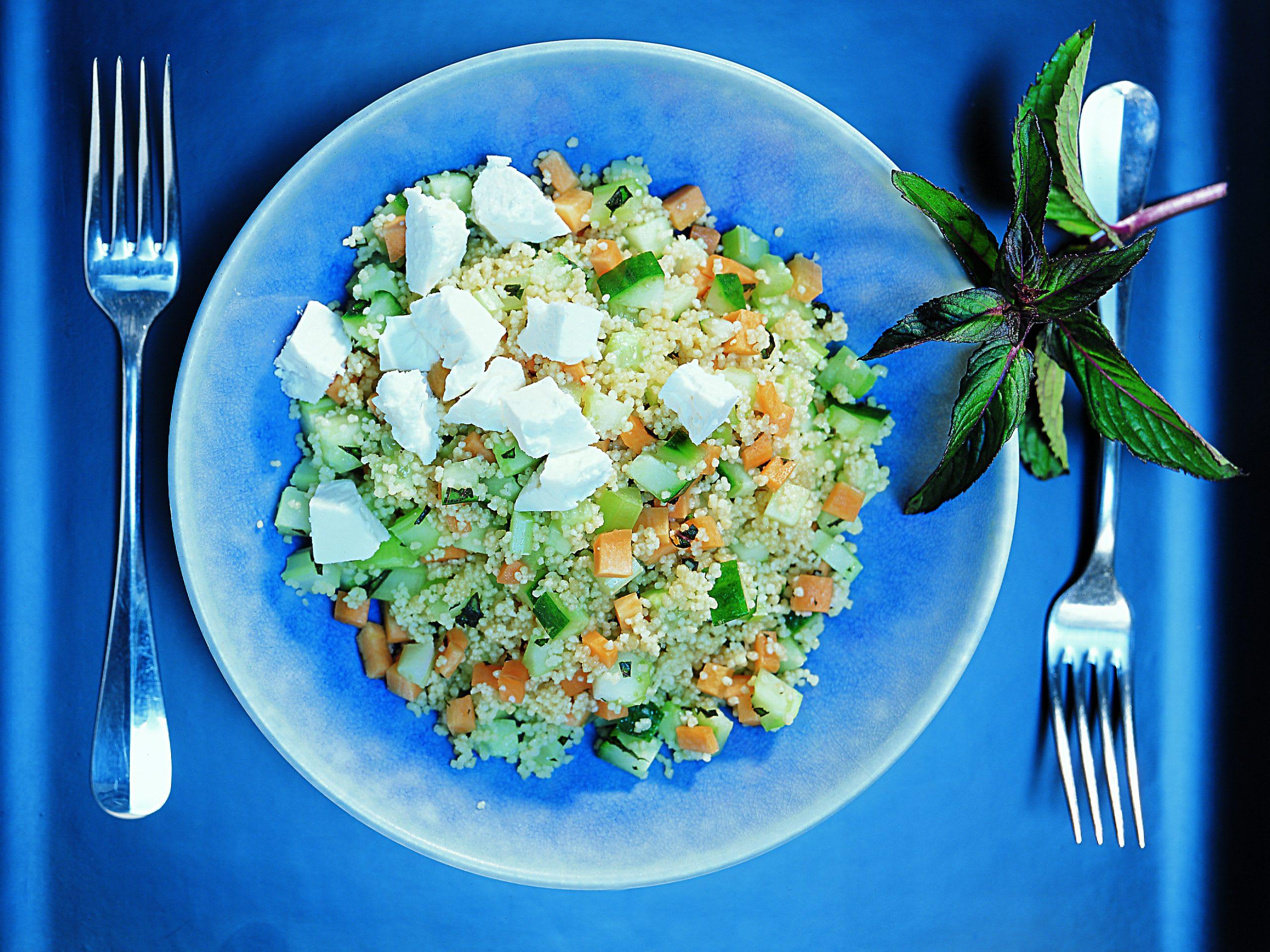 Couscous-Salat mit Frischkäse