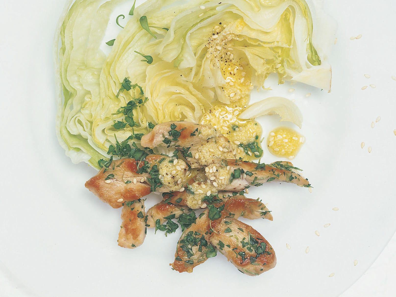 Salade iceberg au poulet et cresson