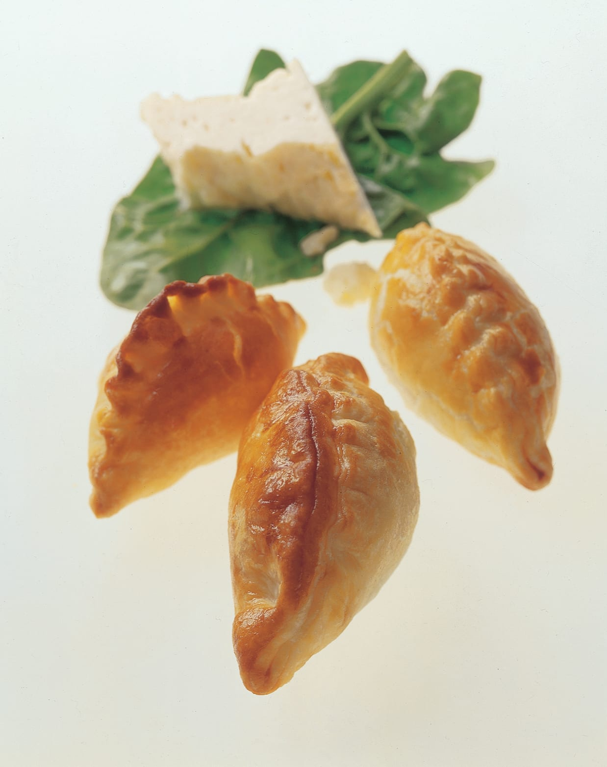 Empanadas aux épinards et au fromage frais