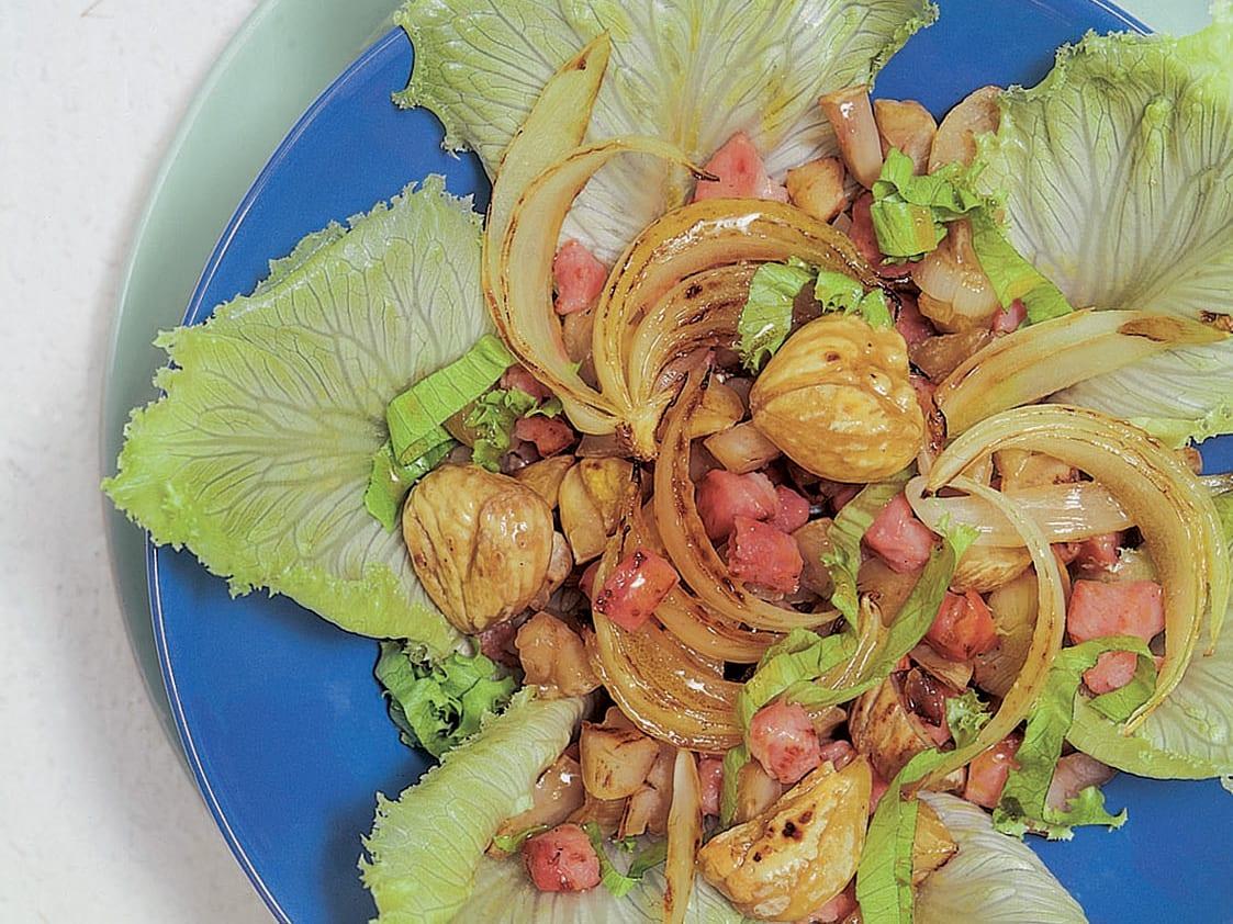 Salade de scarole aux marrons grillés