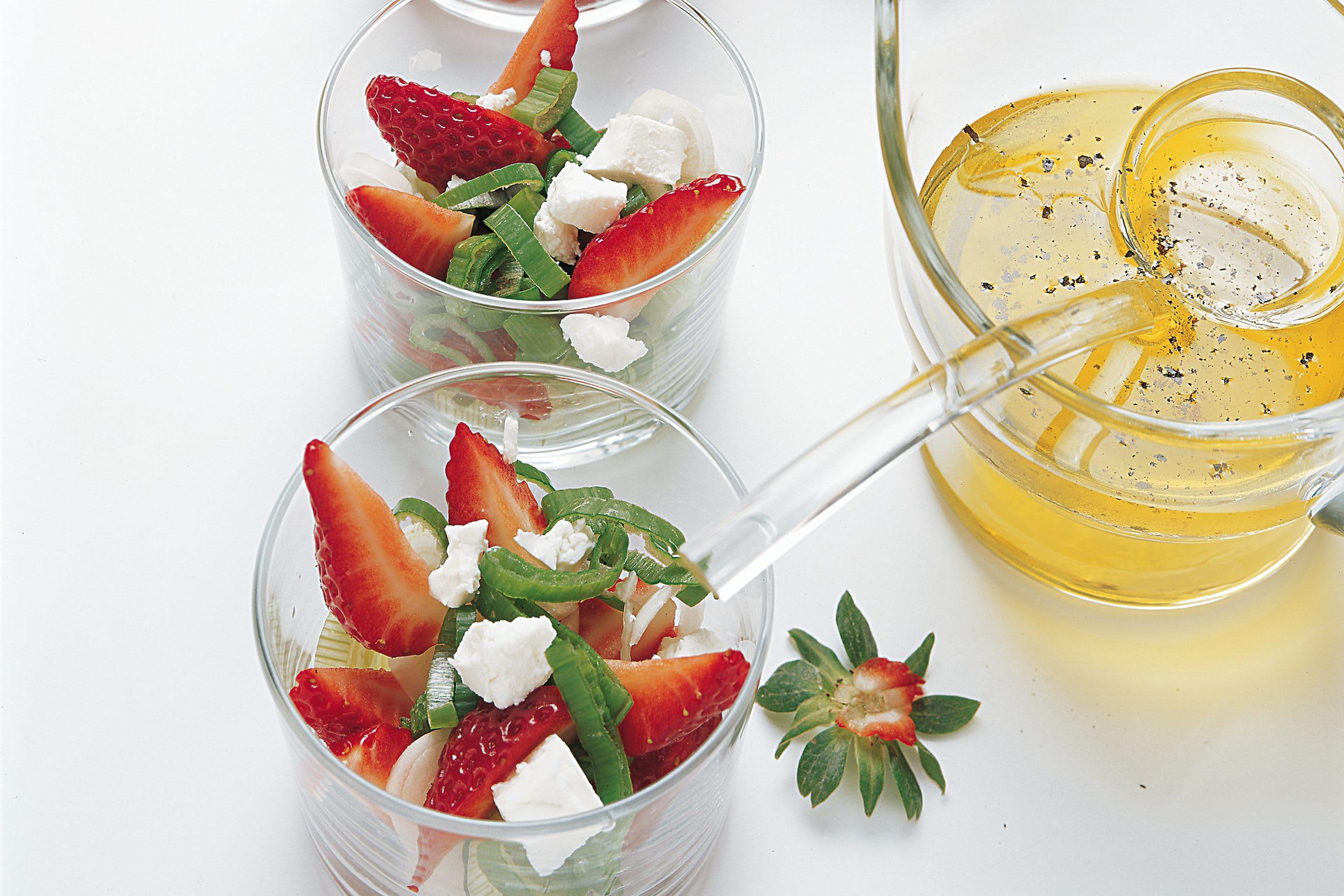 Erdbeersalat mit Frischkäse