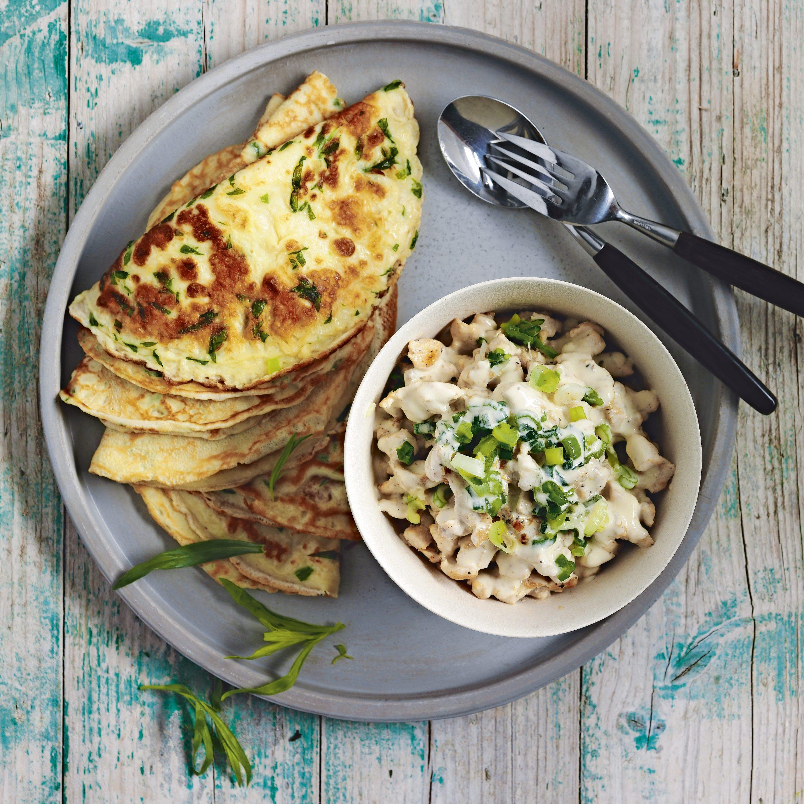 Estragon-Omeletten mit Poulet-Füllung
