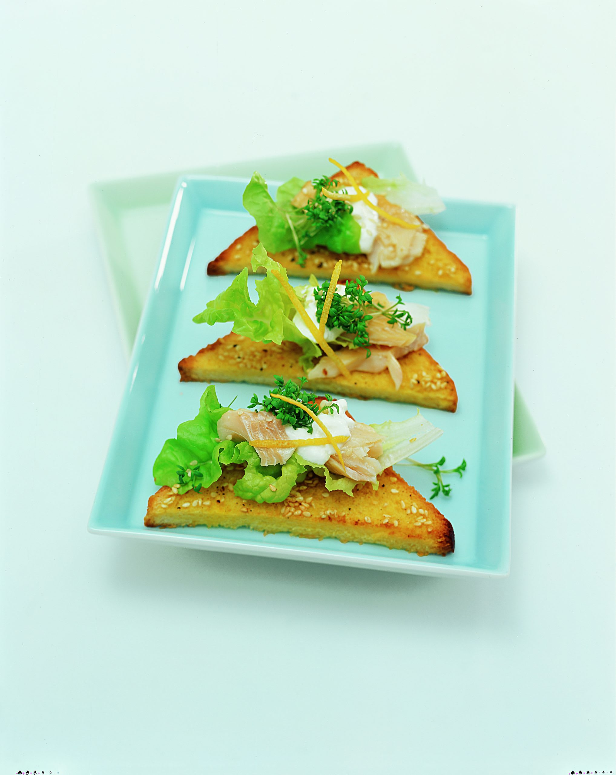 Toasts au corégone et au sésame