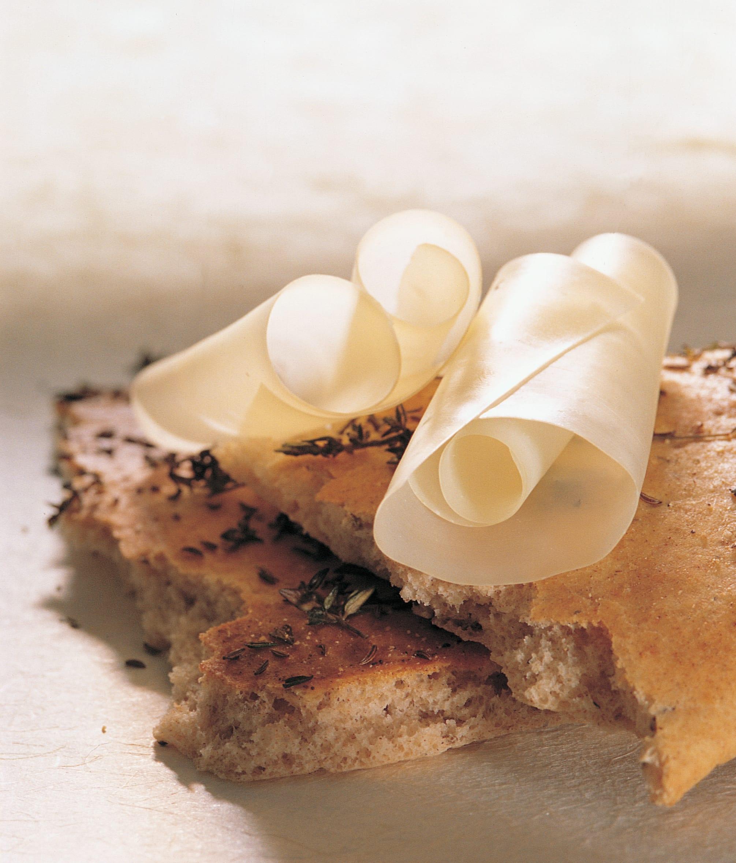 Focaccia au cumin et fromage à rebibes