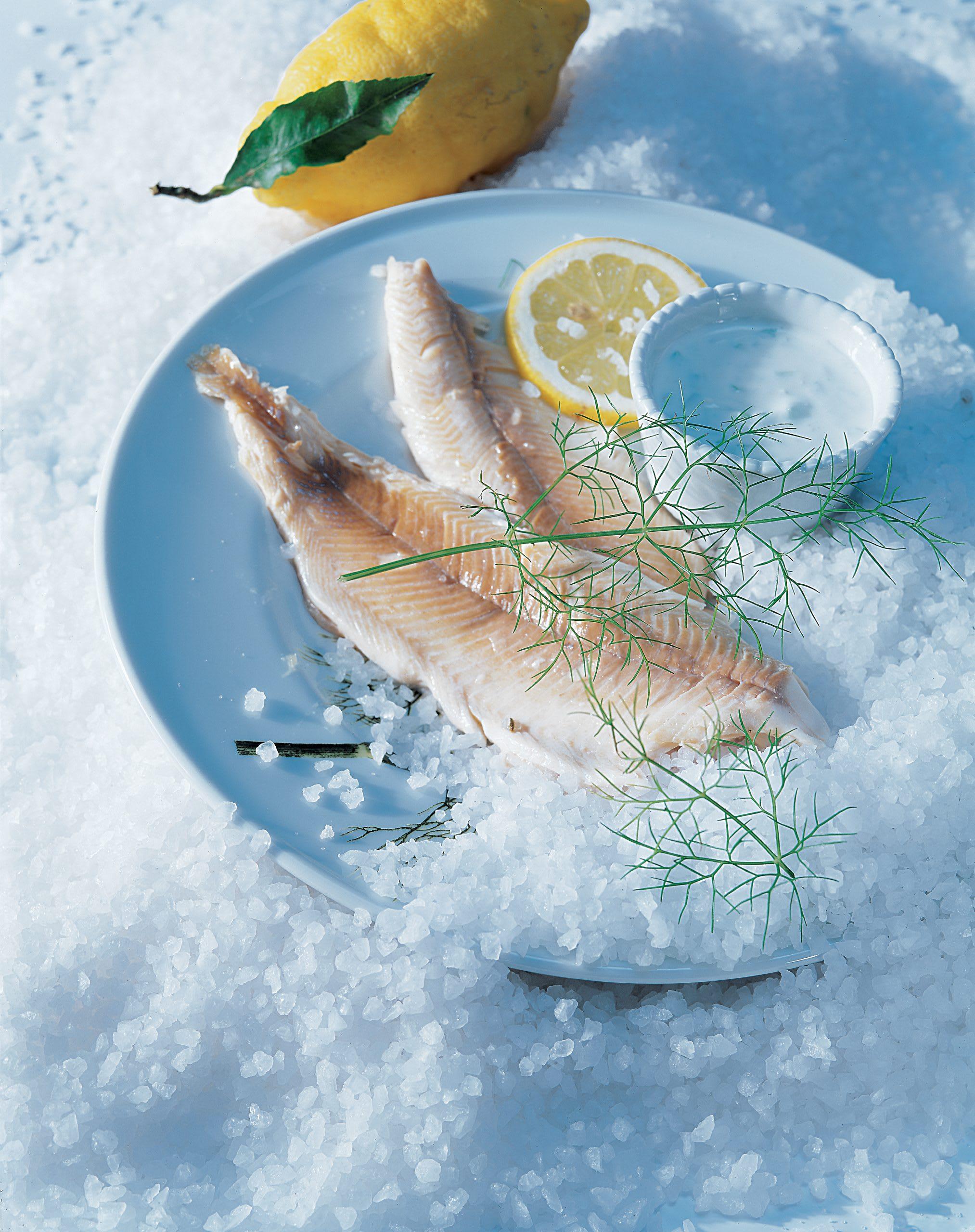 Forellen in der Fenchel-Salzkruste