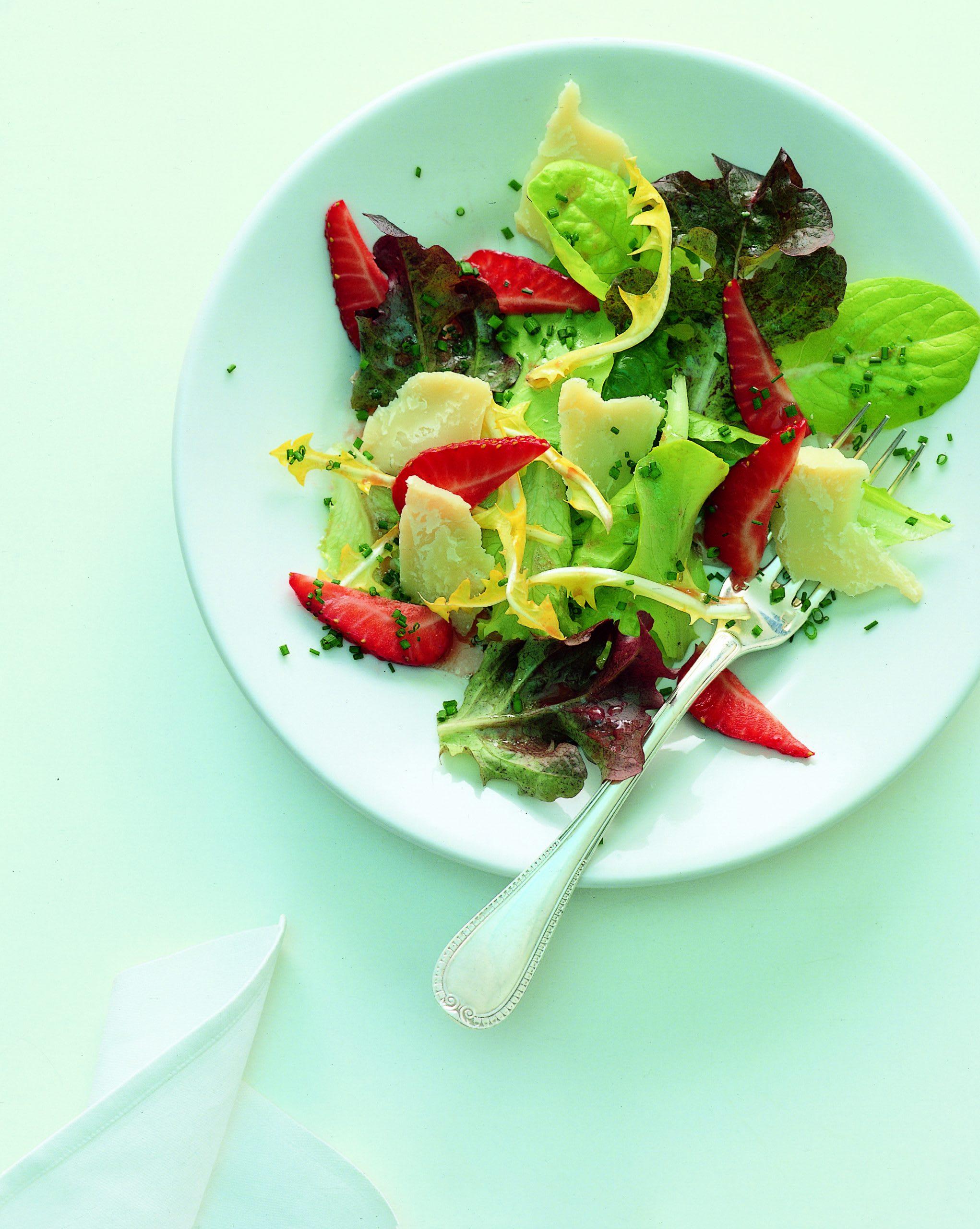 Frühlingssalat mit Sbrinzmöckli