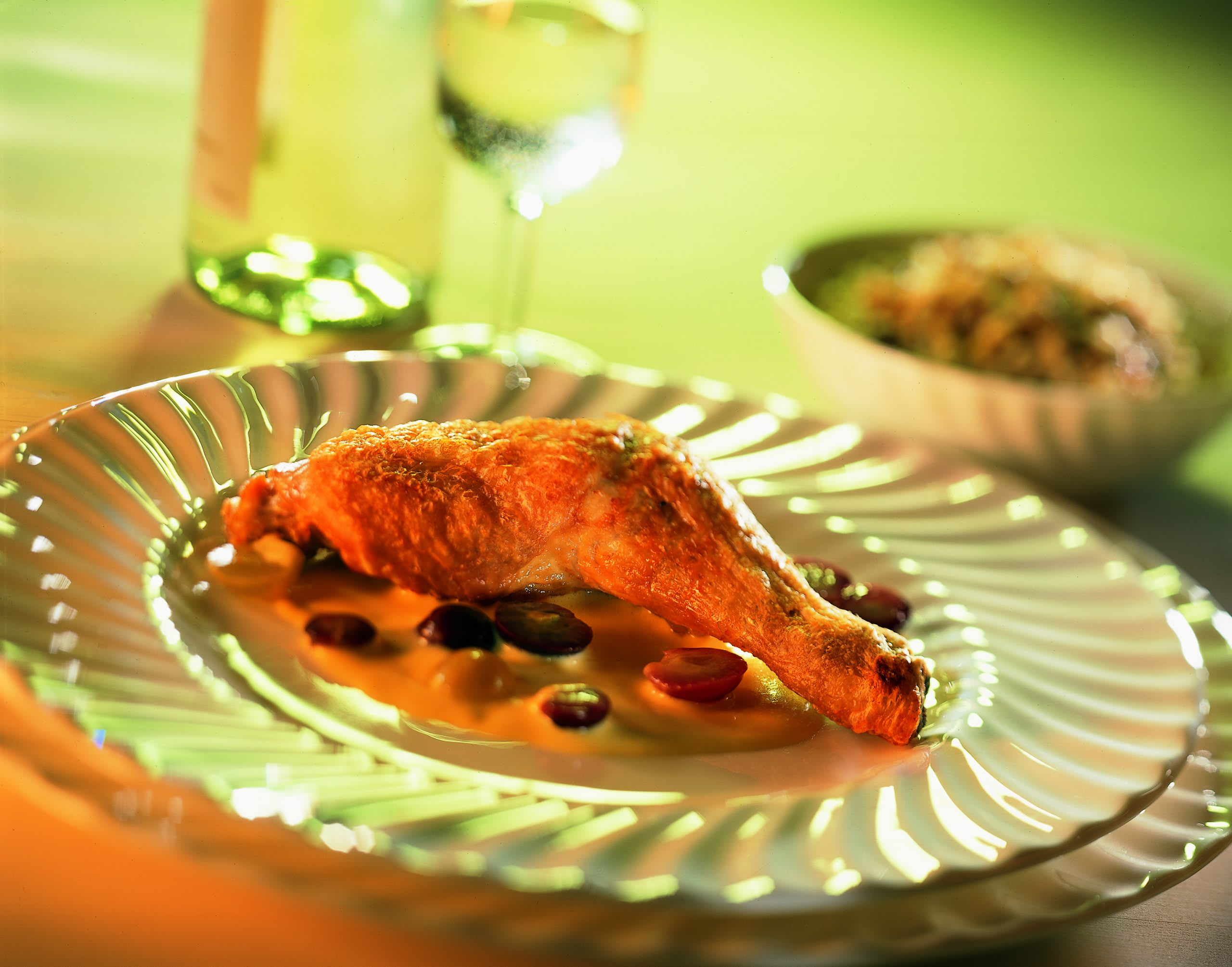 Cuisses de poulet rôties et sauce veloutée au vin blanc