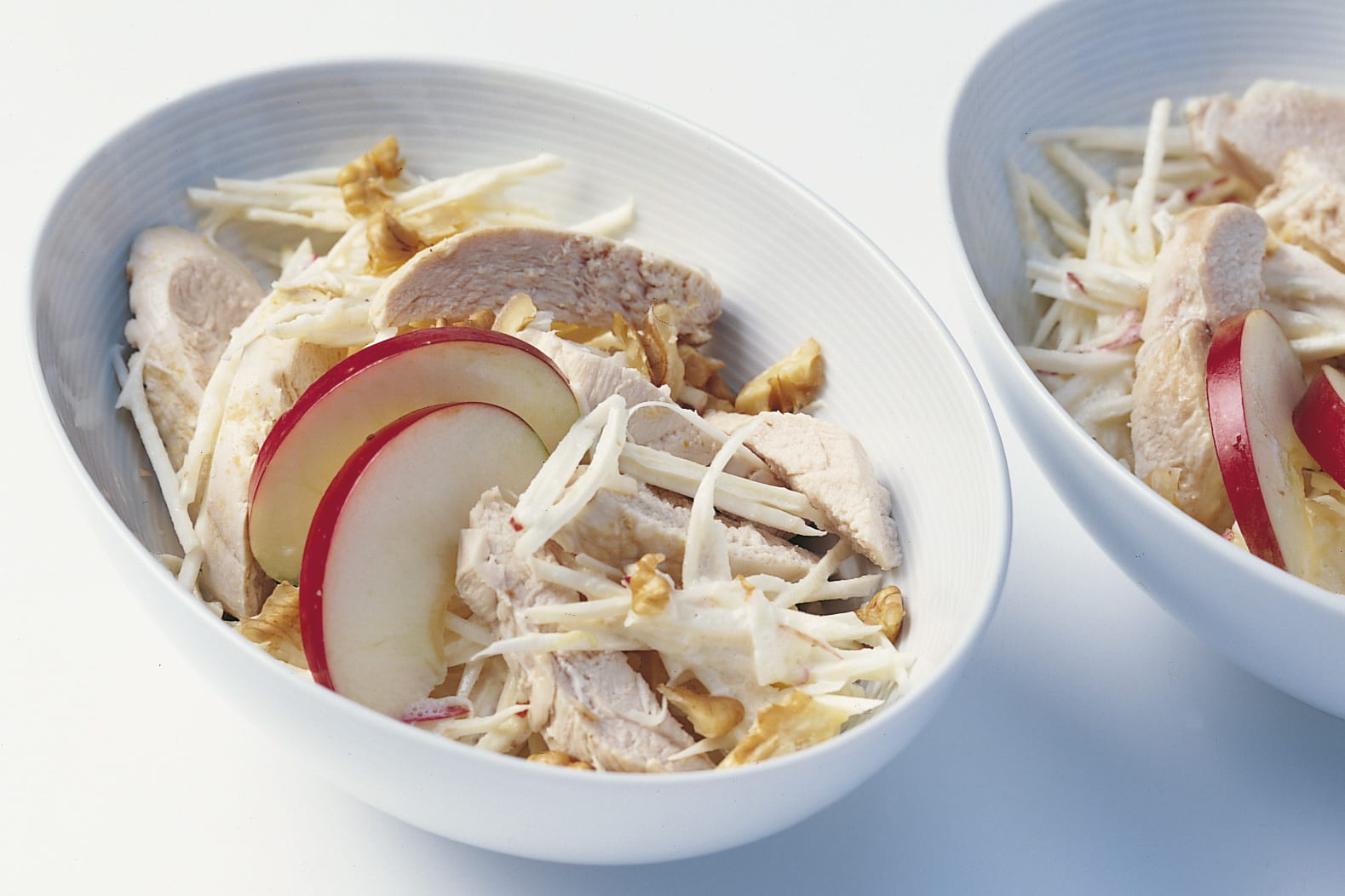 Geflügel-Apfel-Salat mit Crème fraîche