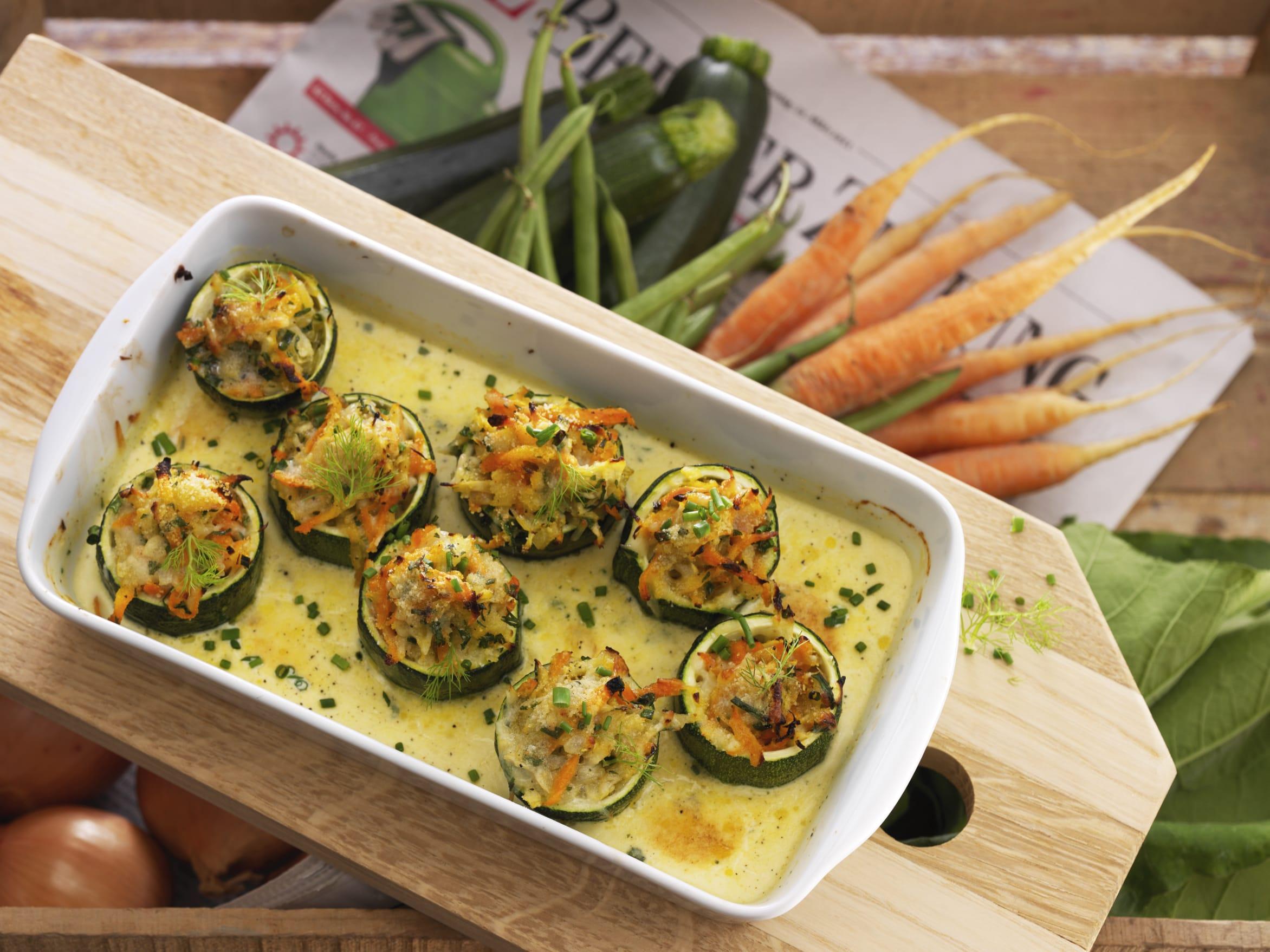 Gefüllte Zucchinirädchen (Low Carb)