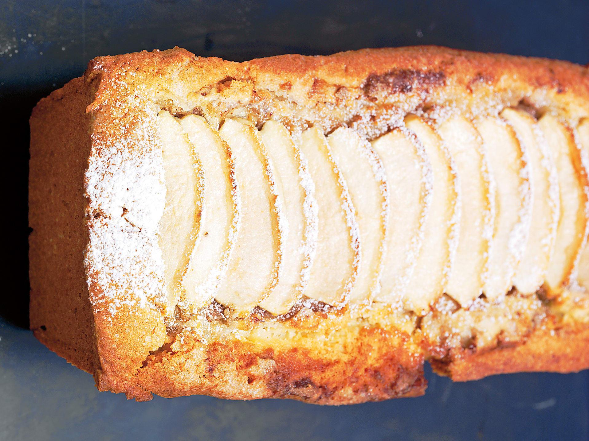 Gefüllter Apfel-Zimt-Cake