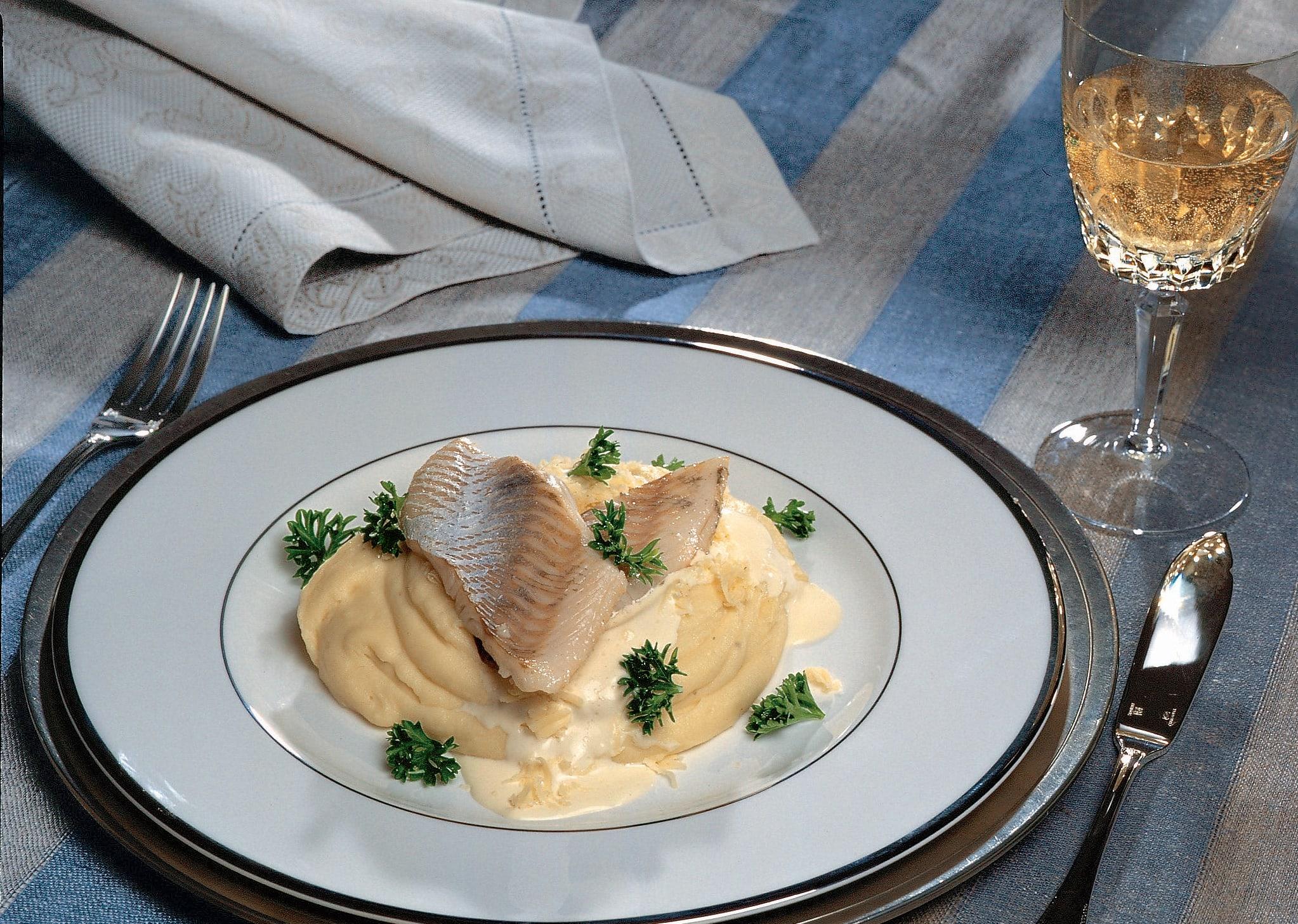 Au gril Filets de sandre au fromage d'alpage de Gstaad