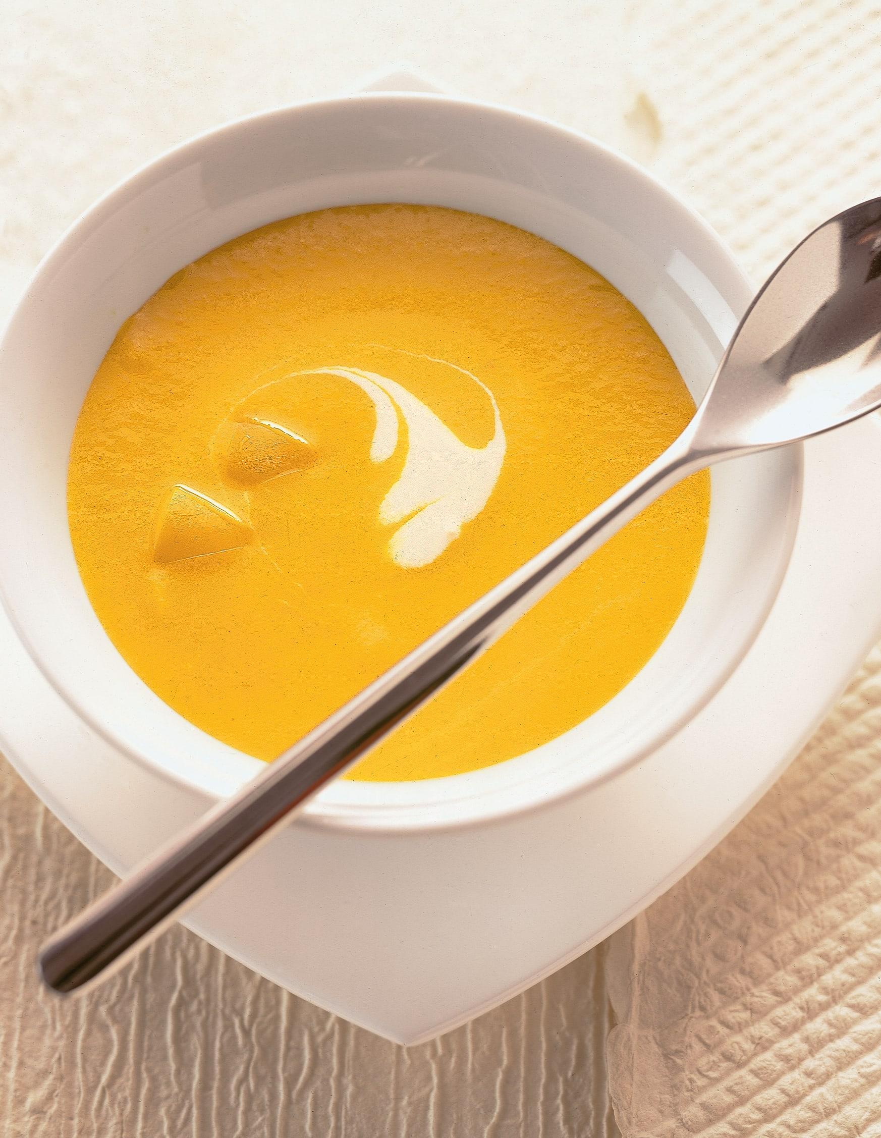 Potage aux poivrons jaunes