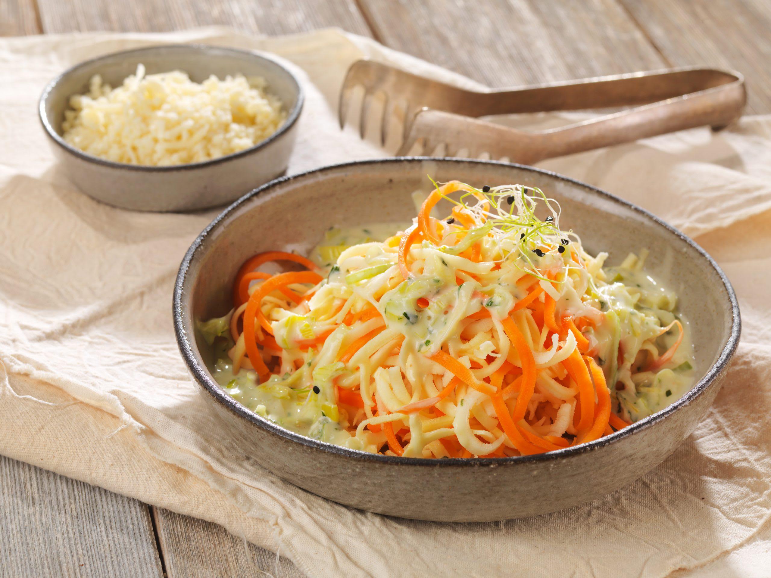Spaghetti de légumes au poireau et au fromage
