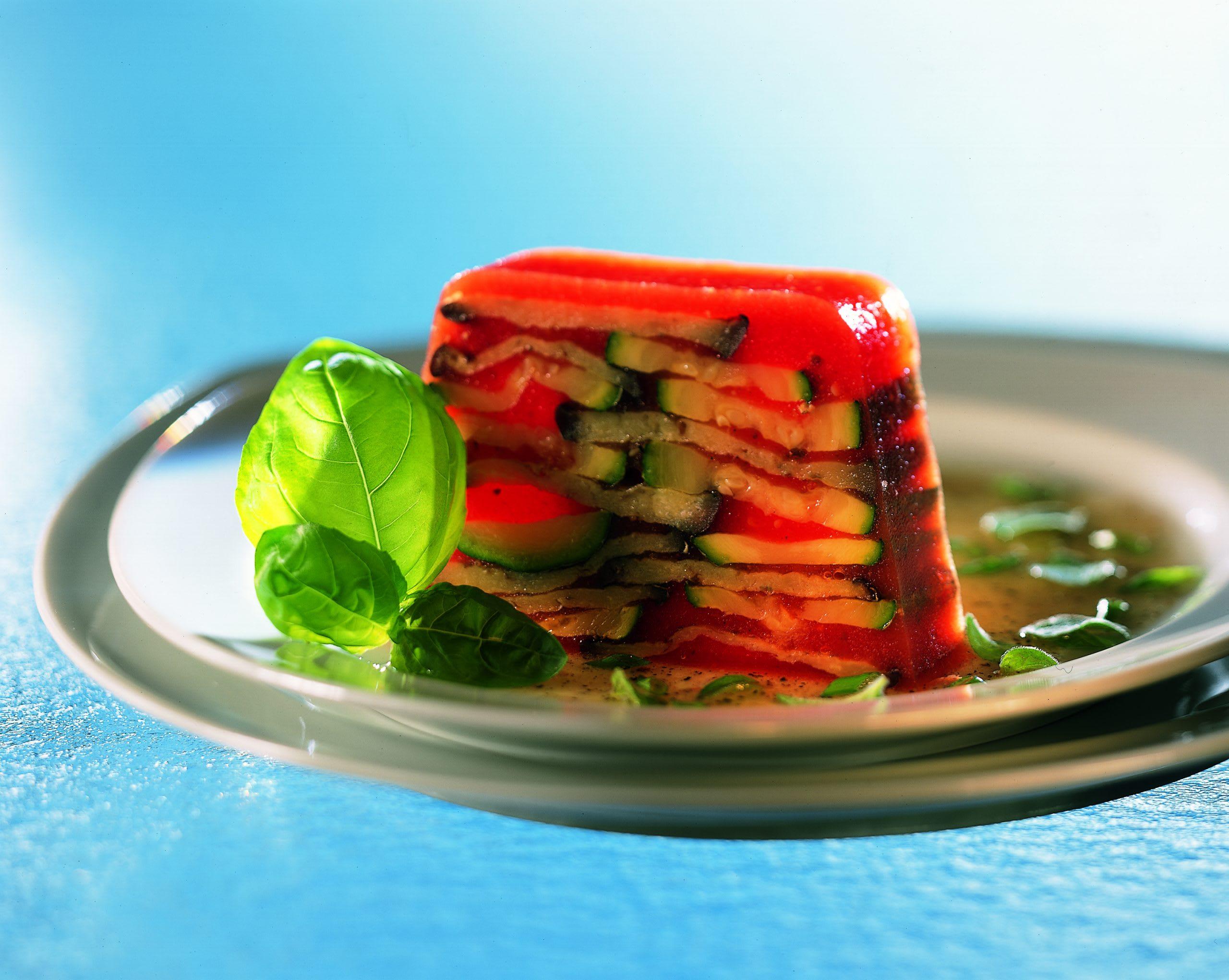 Gemüseterrine mit Kräuter-Vinaigrette