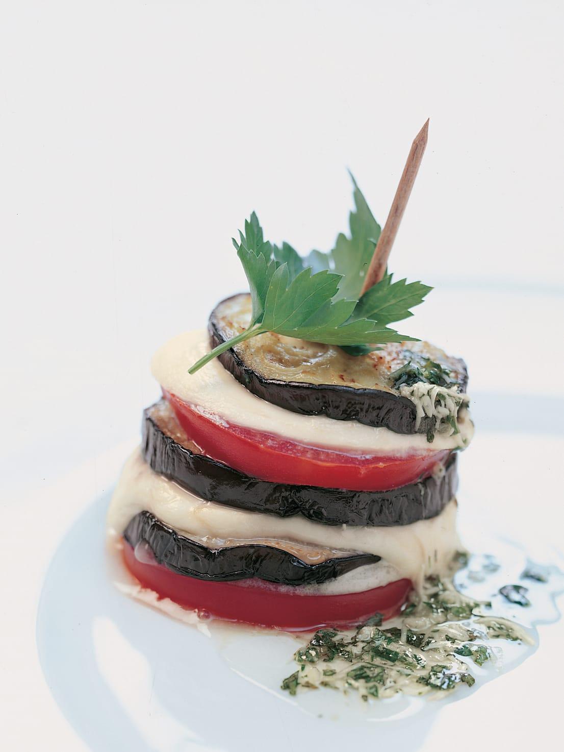 Gemüsetürmchen mit Mozzarella