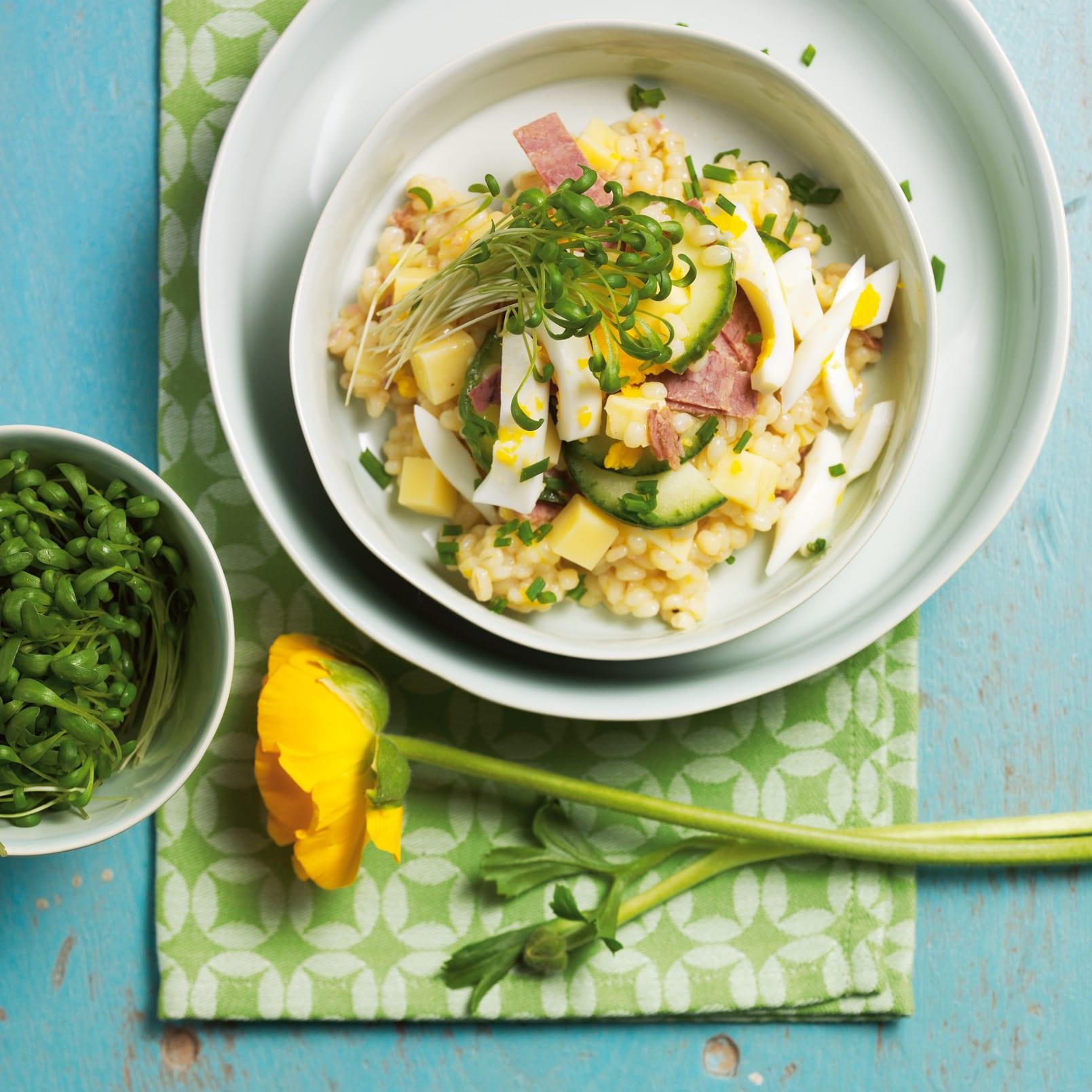 Salade d'orge et duo de tilsit