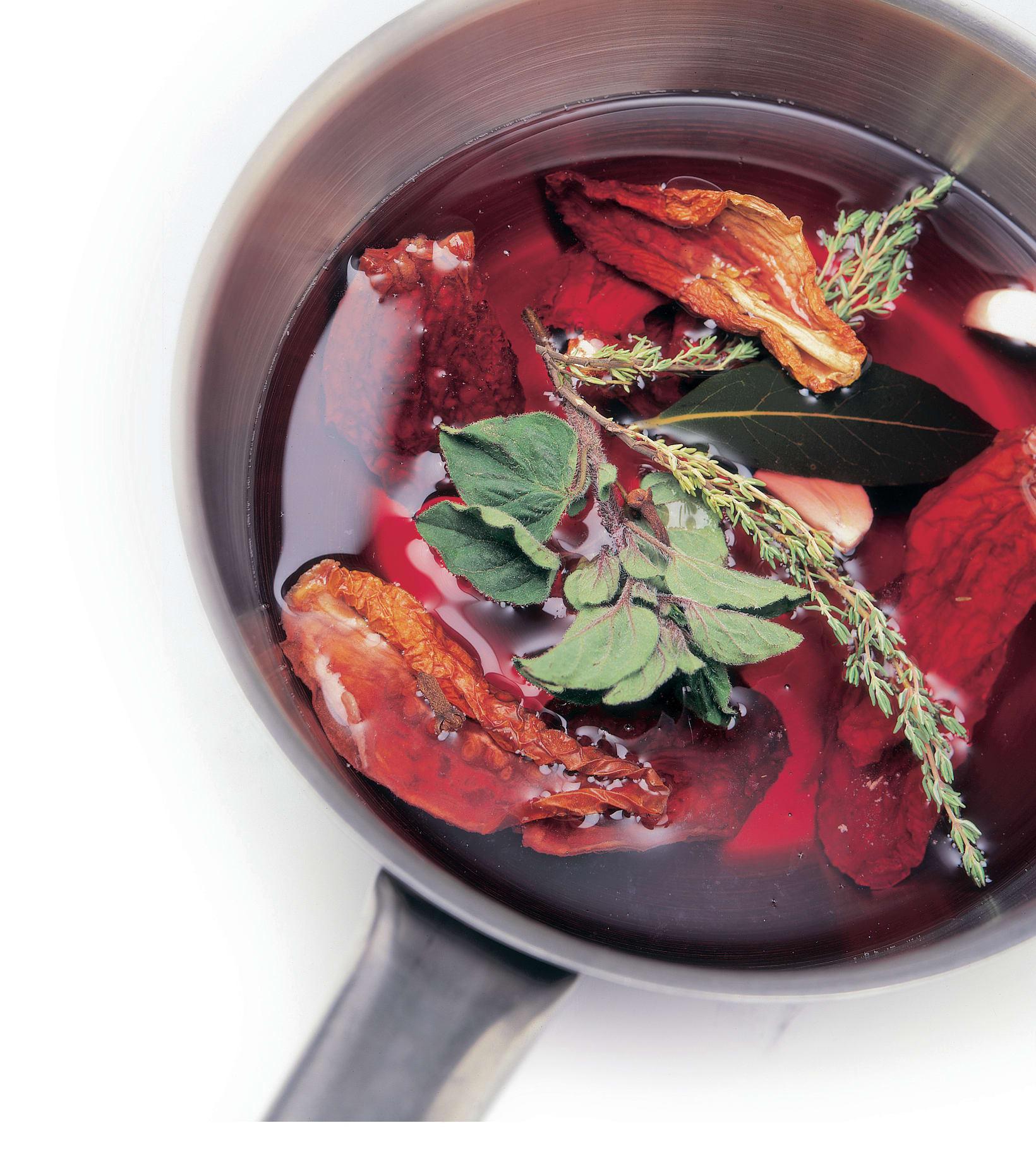 Getrocknete Tomaten in Würzöl