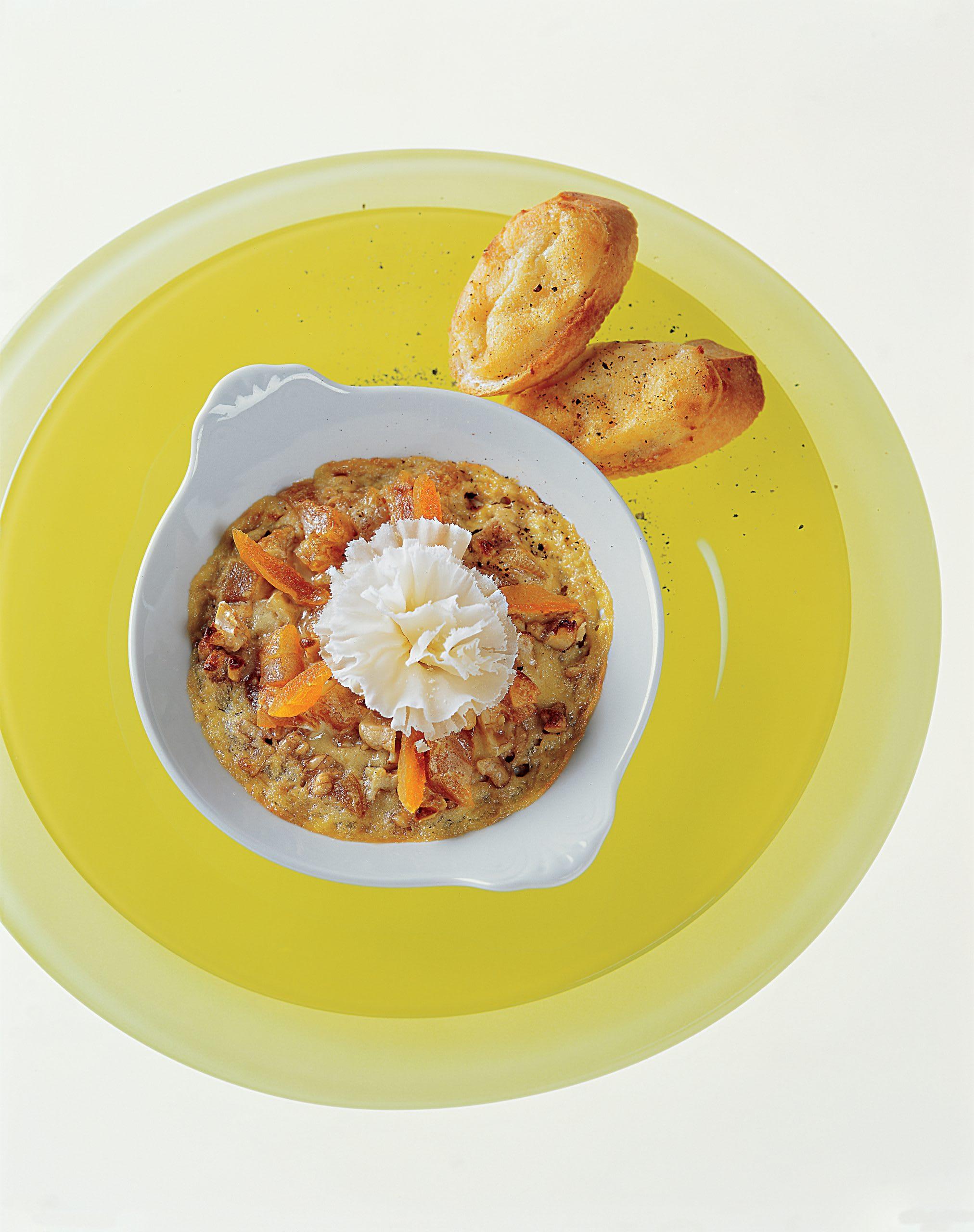 Crème de noix gratinée et ses crostini au fromage