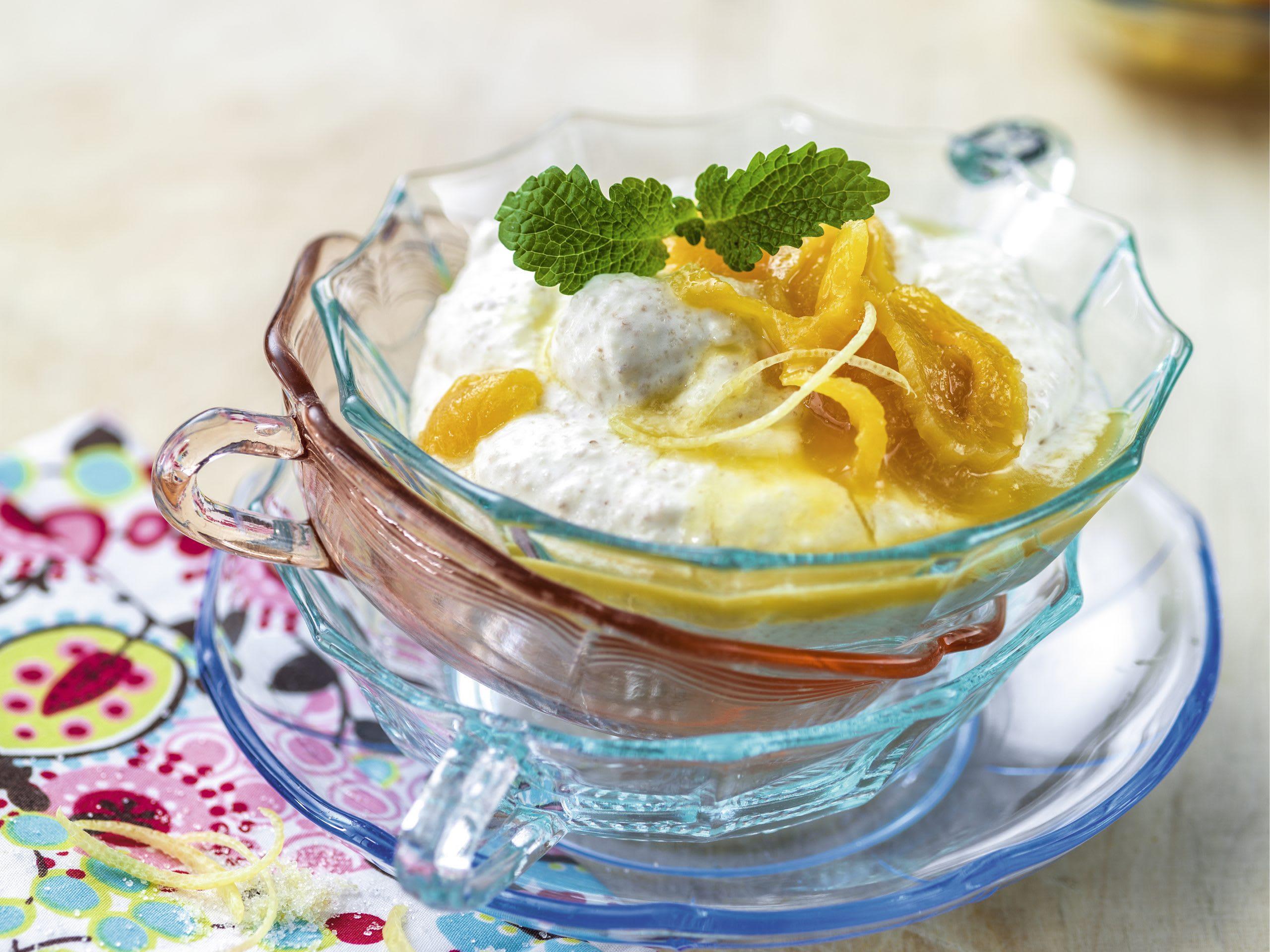 Griesscrème mit Dörraprikosen-Kompott