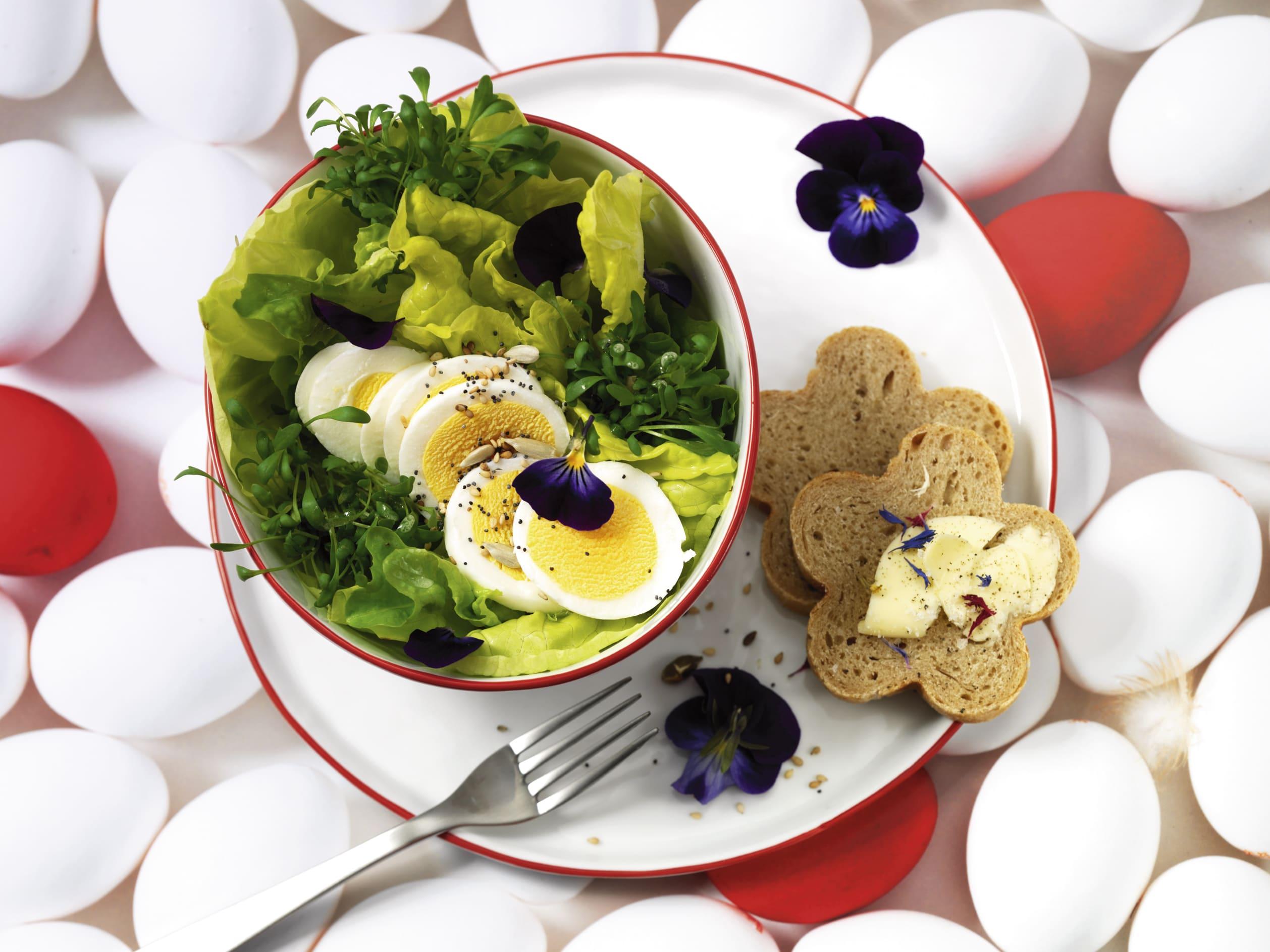 Méli-mélo de salade aux oeufs durs