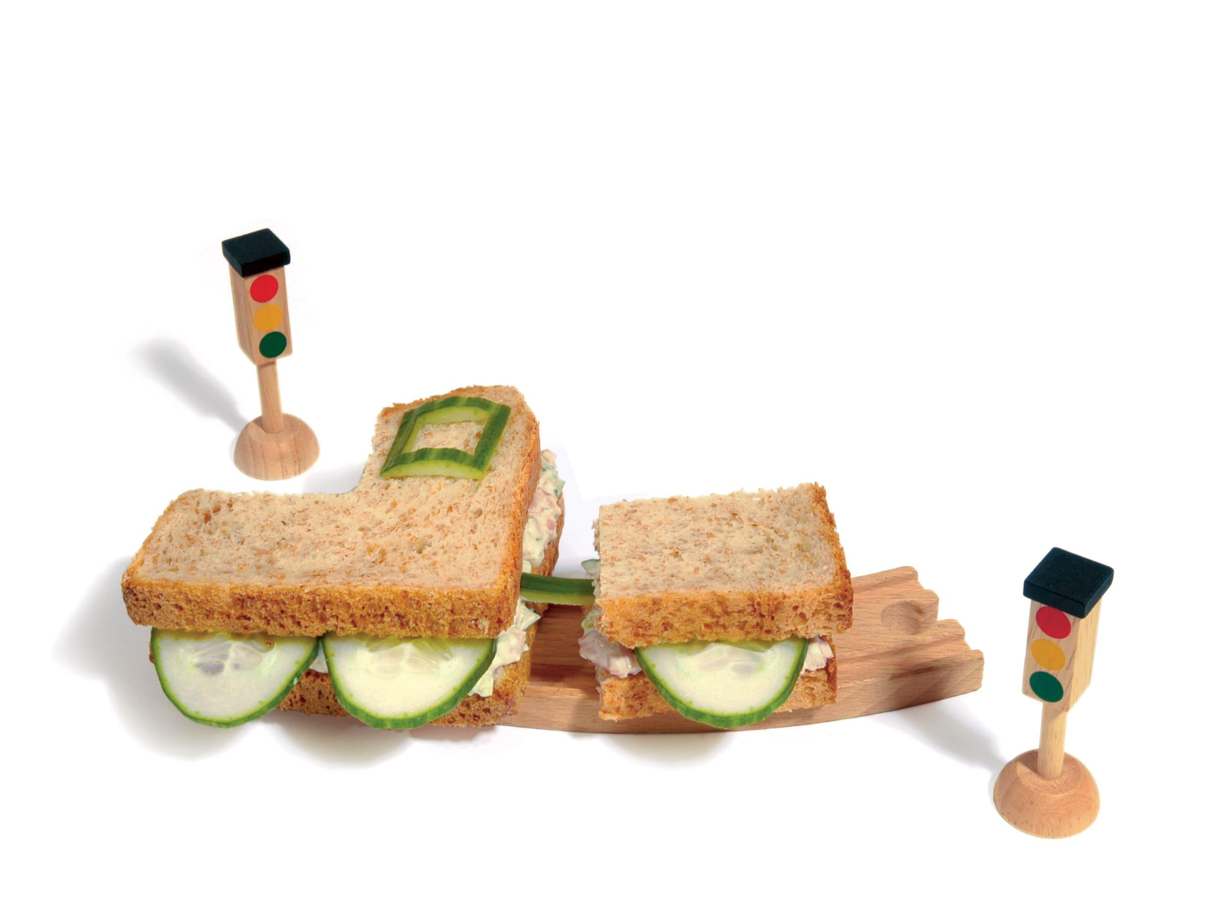 "Gurken-Schinken-Brot ""Lokomotive"""
