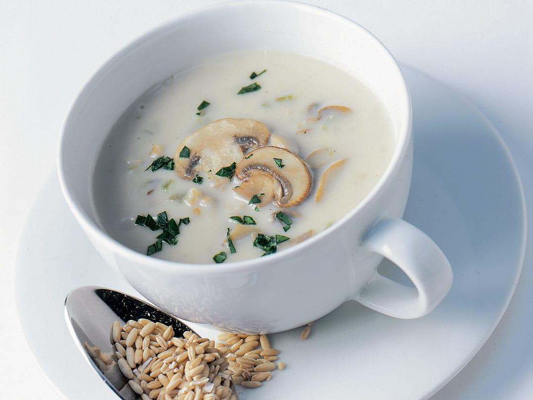 Soupe de champignons aux grains d`avoine