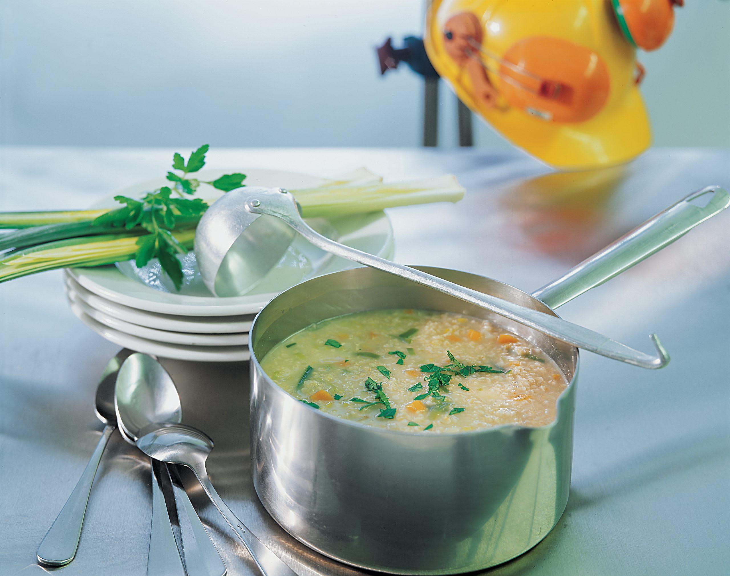 Haferkern-Gemüsesuppe