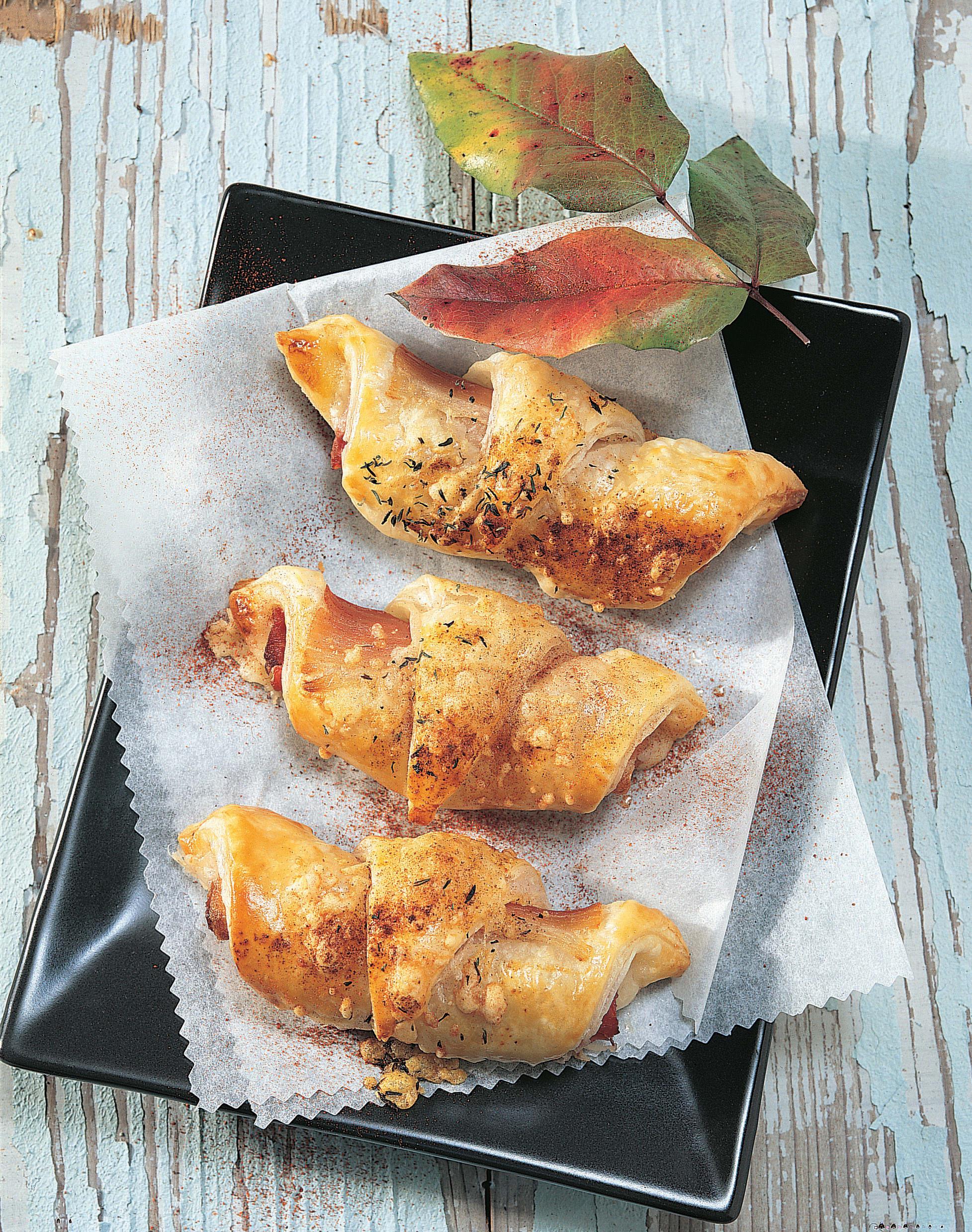Croissants au fromage et au jambon
