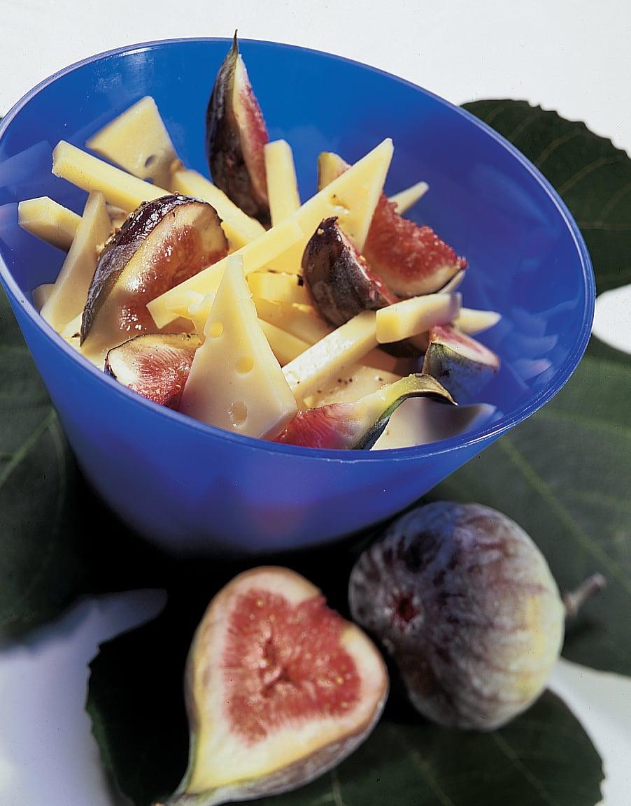 Salade au fromage et aux figues
