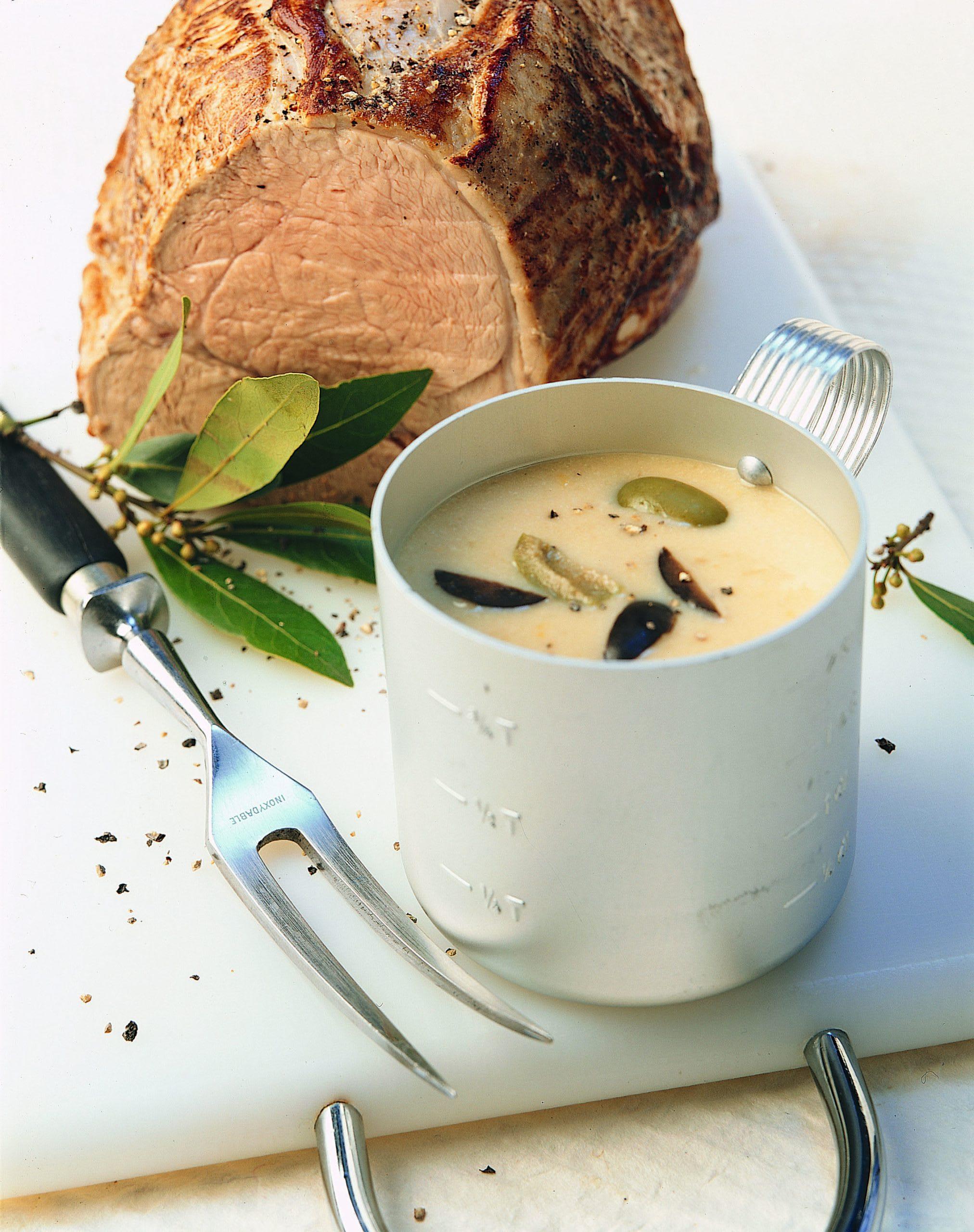 Kalbsbraten mit Oliven-Milchsauce