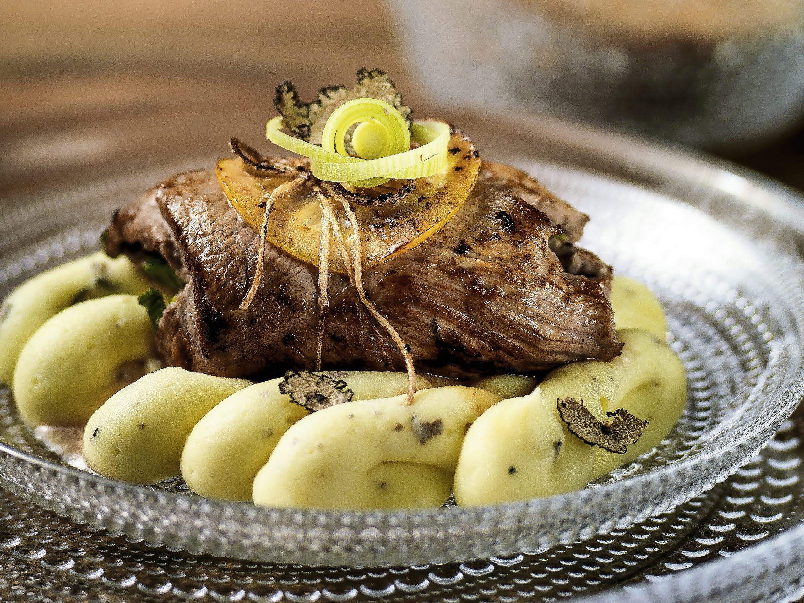 Paupiettes de veau sur mousseline aux truffes