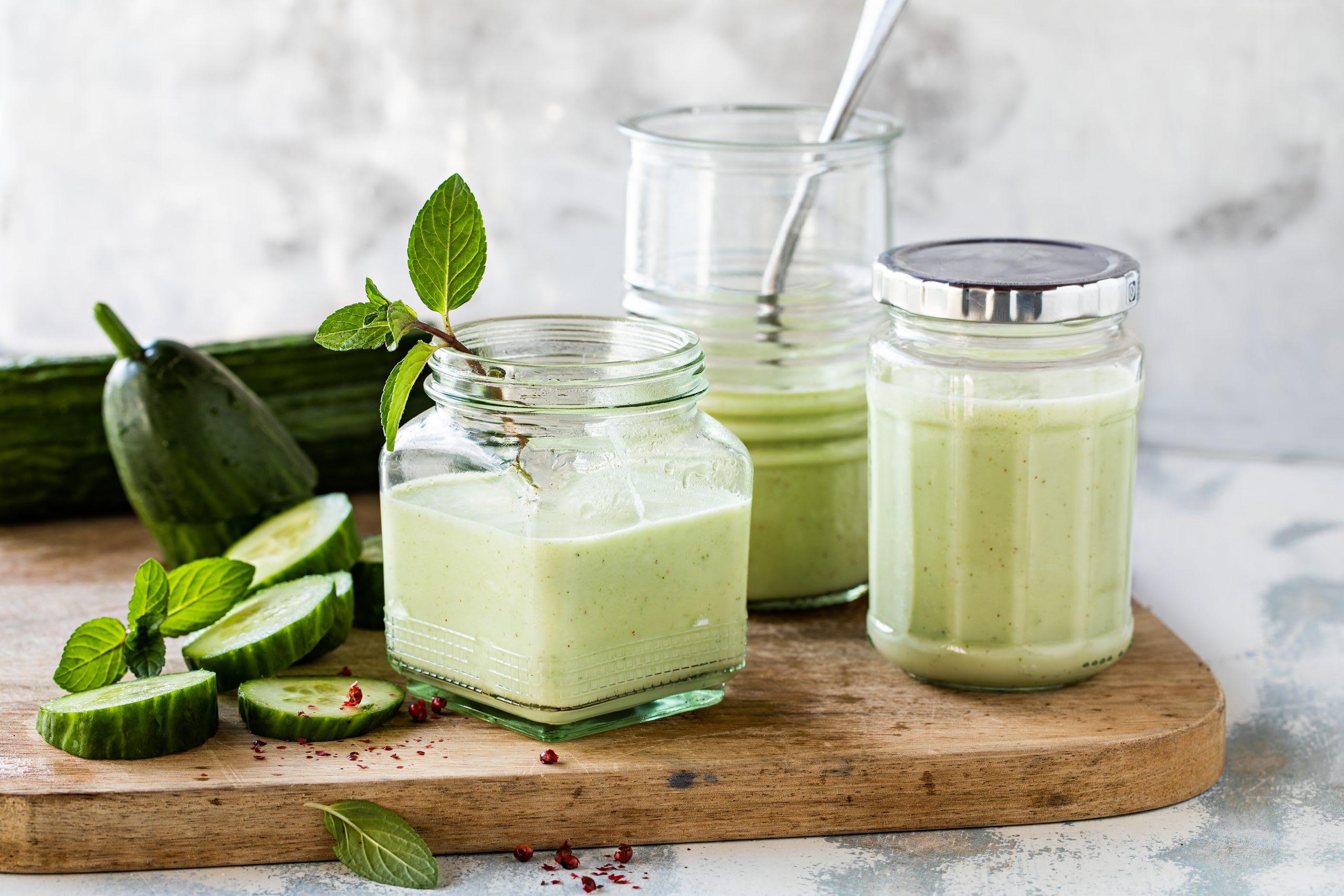 Soupe de concombre froide à la menthe