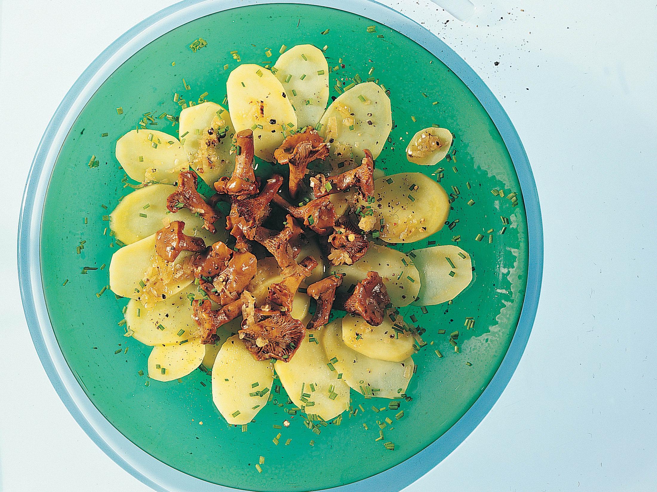 Kartoffel-Eierschwämmli-Salat