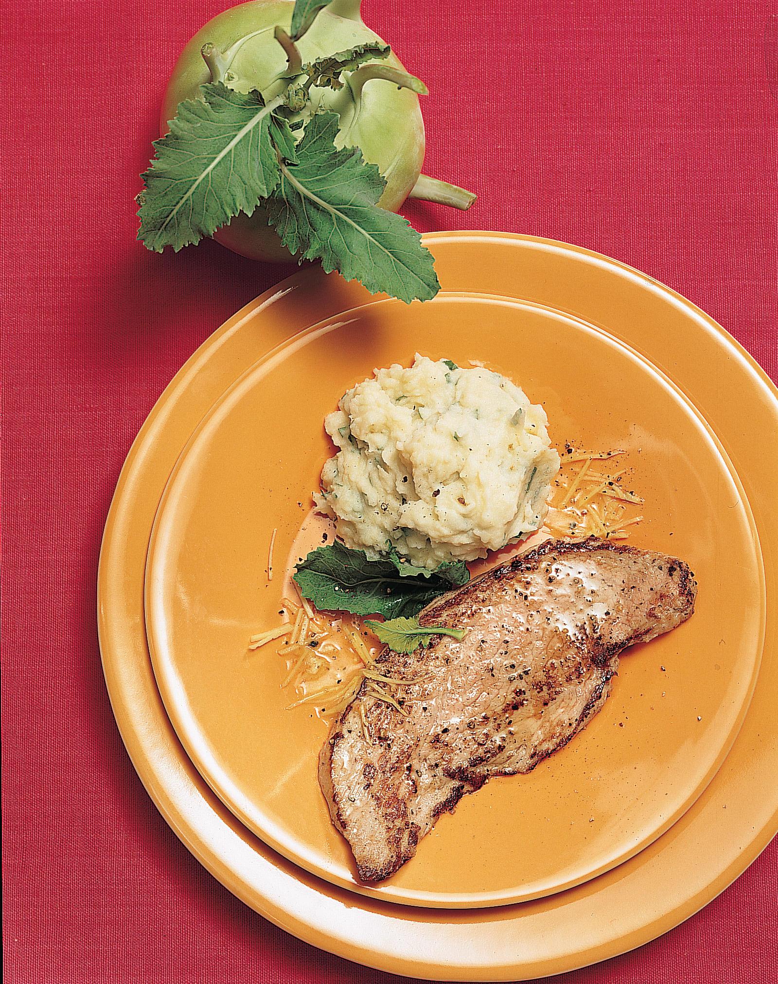Escalopes de veau mousse aux colraves et aux pommes de terre