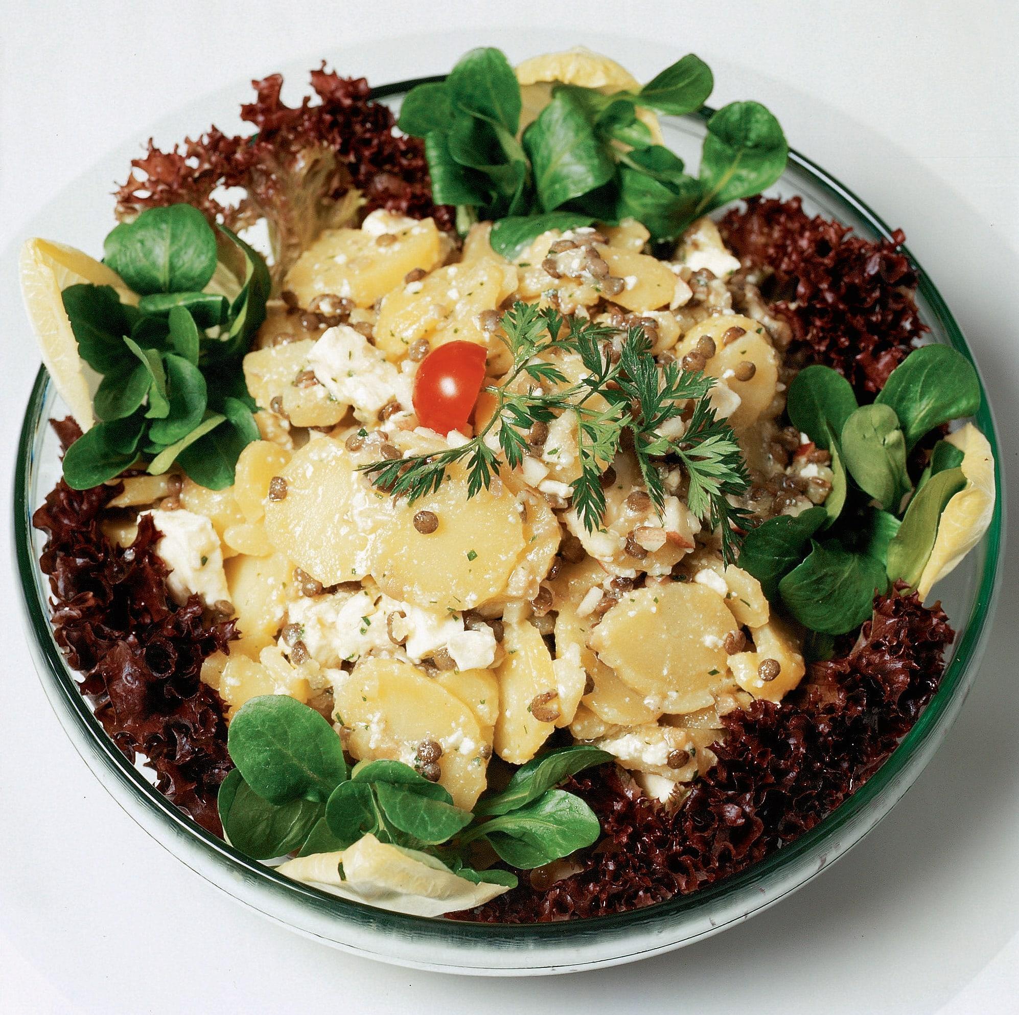 Kartoffel-Linsen-Salat an Apfel-Vinaigrette