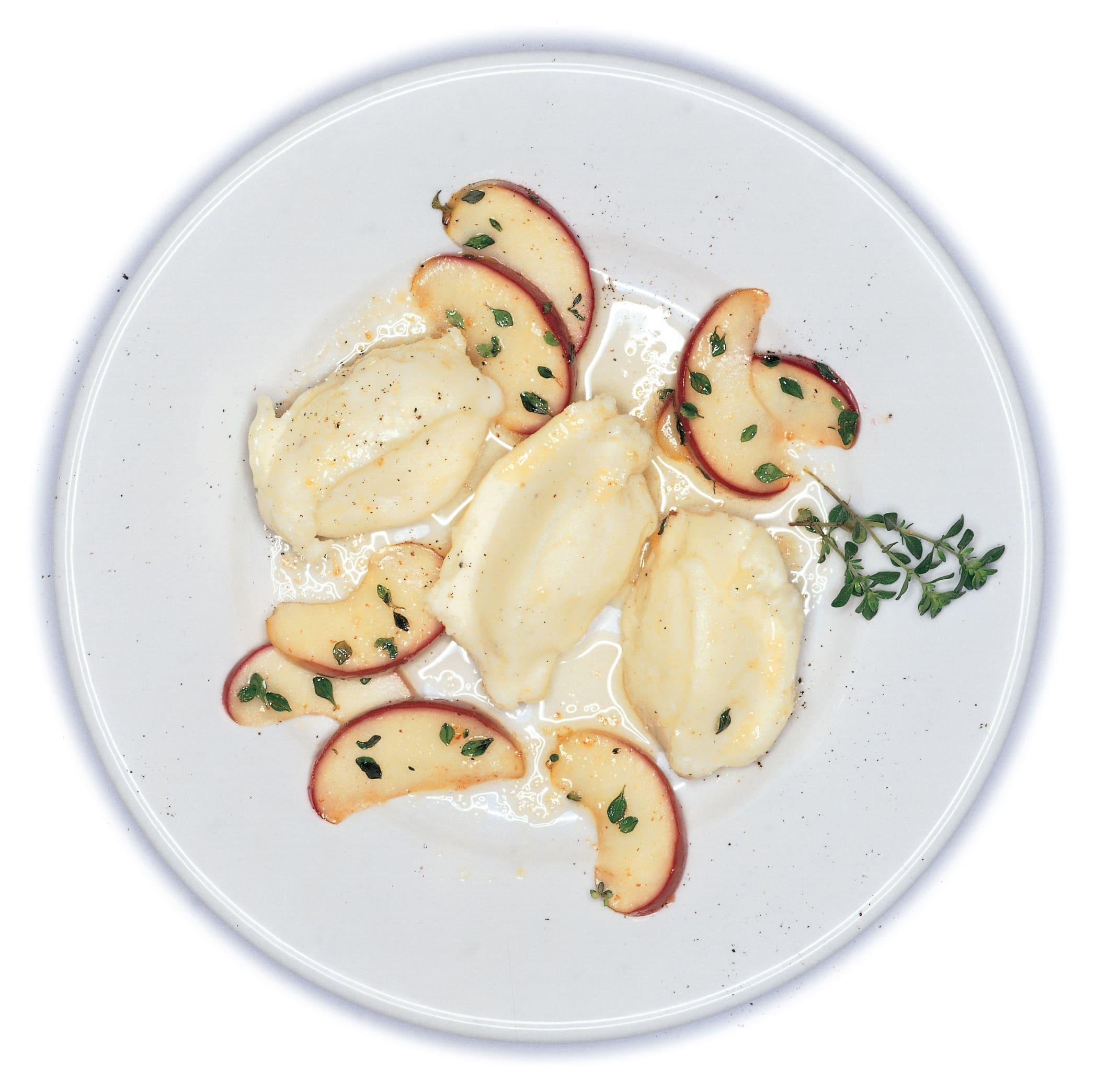 Kartoffelpfluten mit caramelisierten Thymianäpfeln