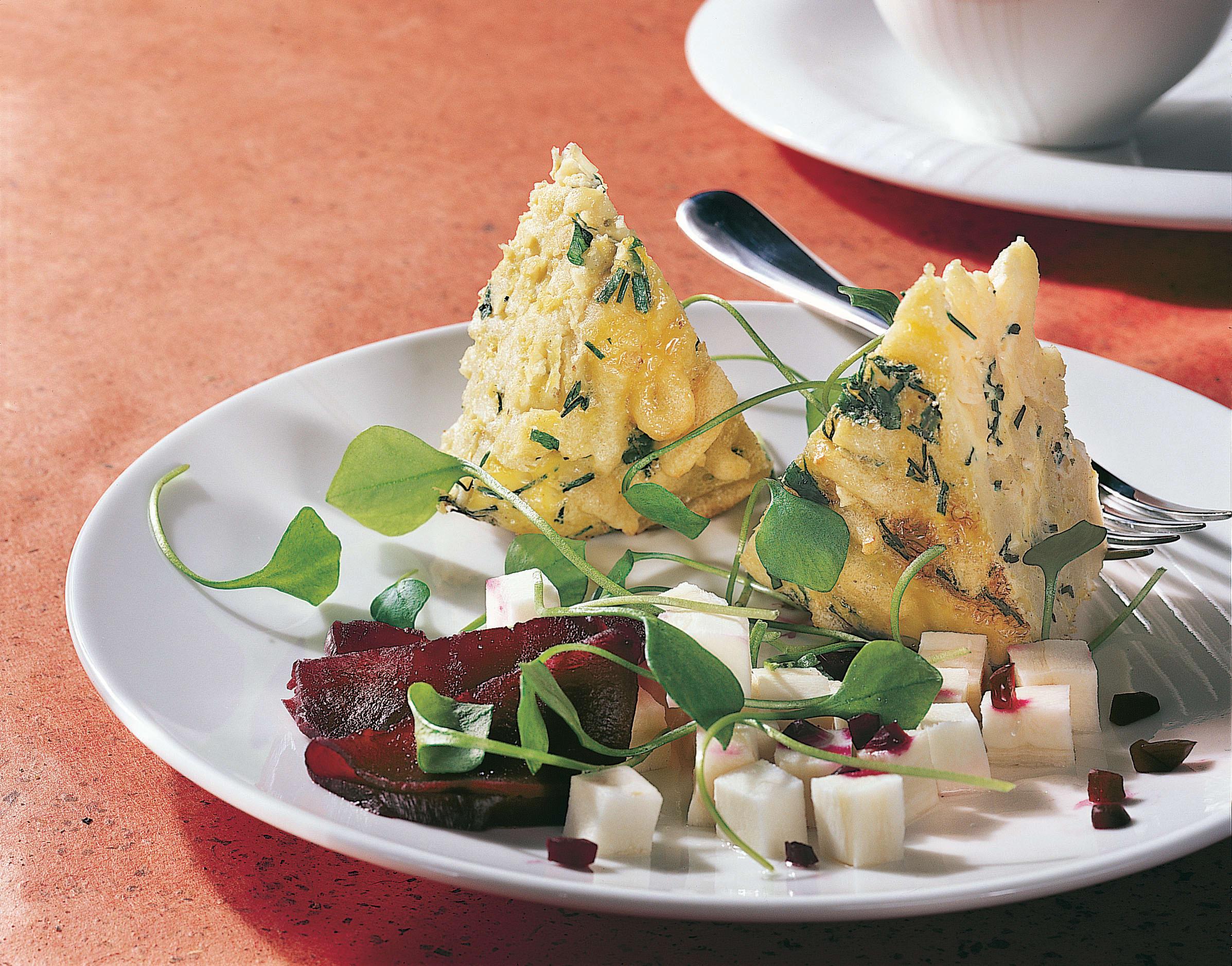 Knöpfli-Köpfli mit Pastinaken-Randen-Salat
