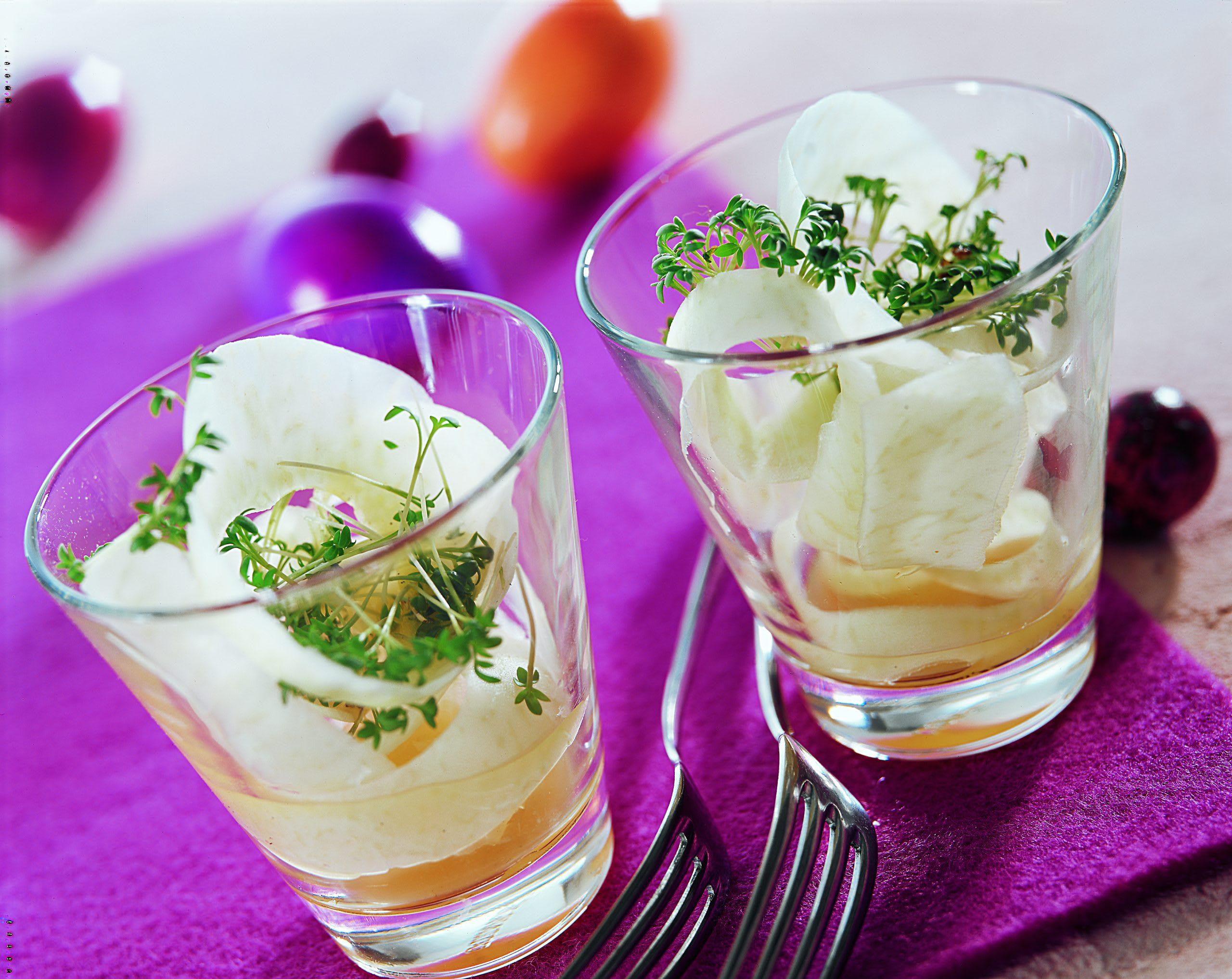 Salade de colrave au cresson et à la vanille