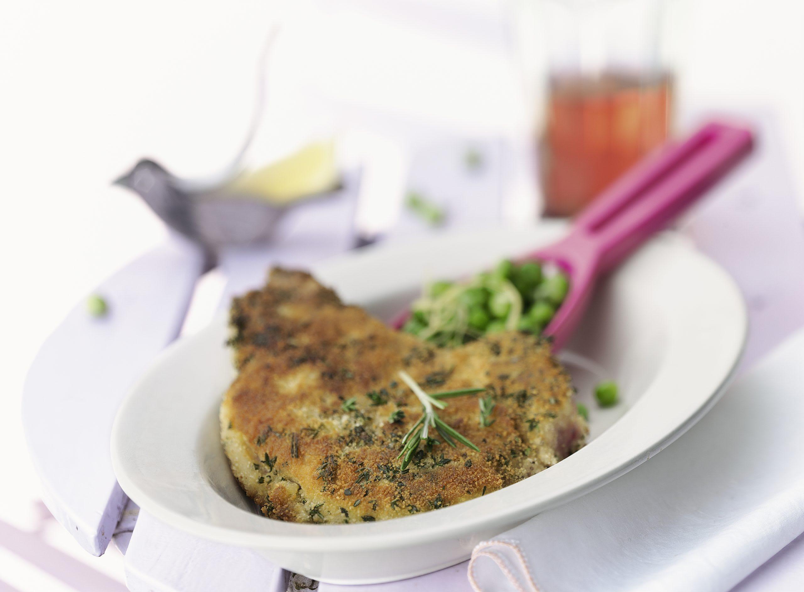 Kräuter-Koteletts mit Zitronen-Erbsli