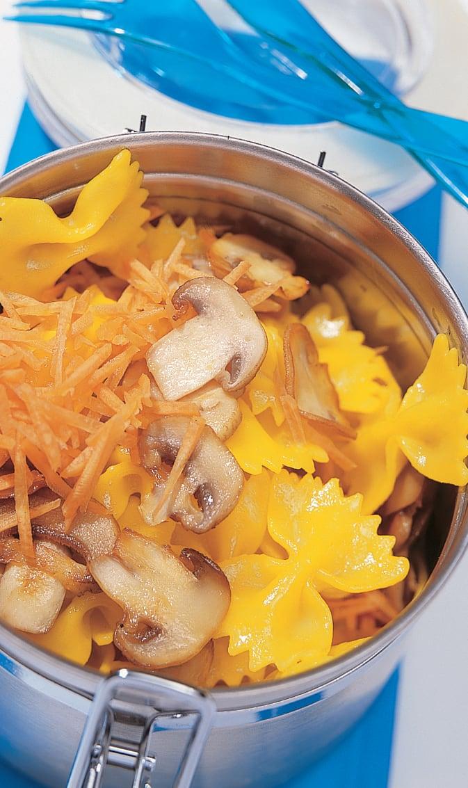 Krawättli-Salat mit Champignons und Rüebli