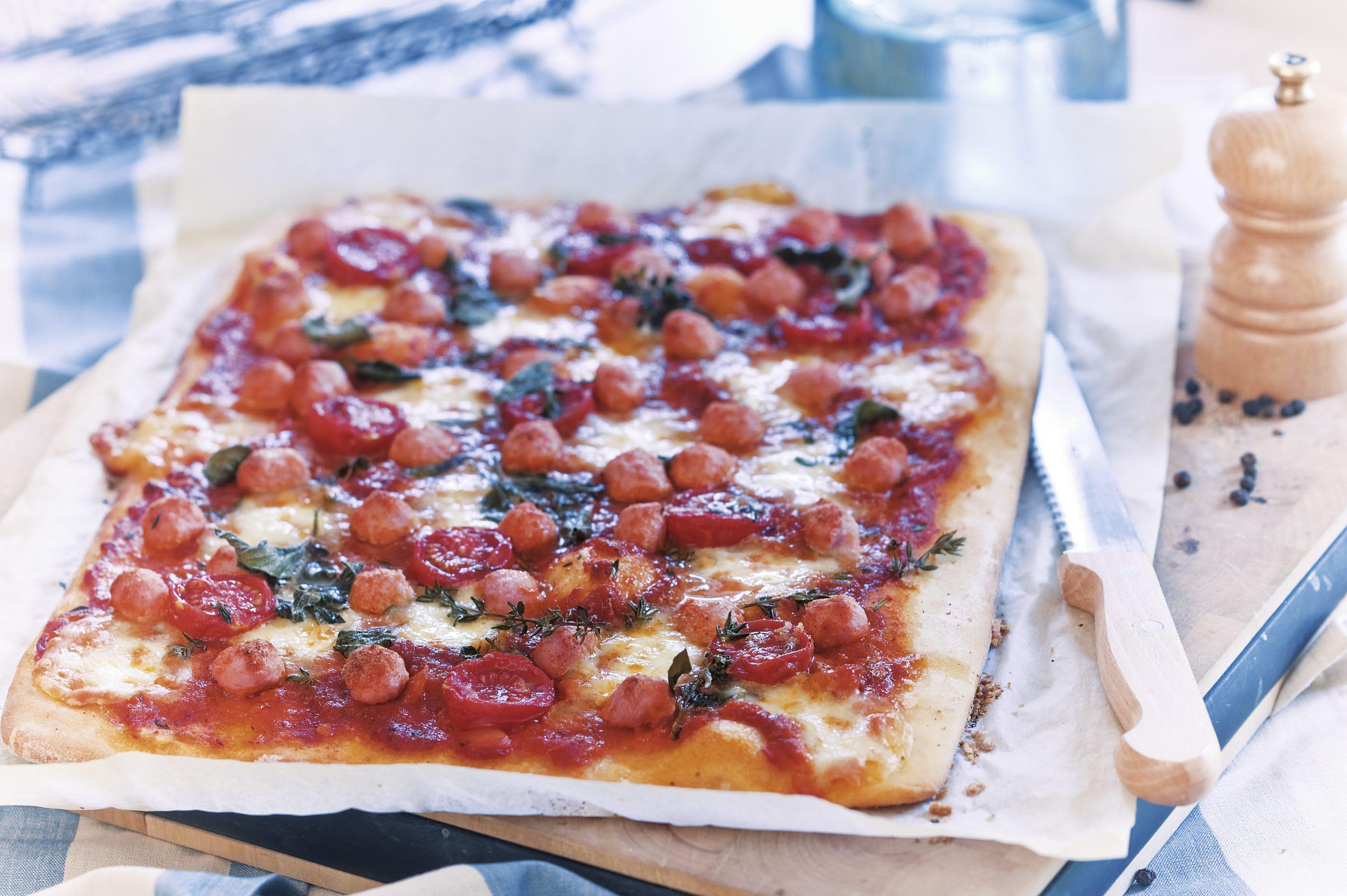 Pizza aux boulettes de viande