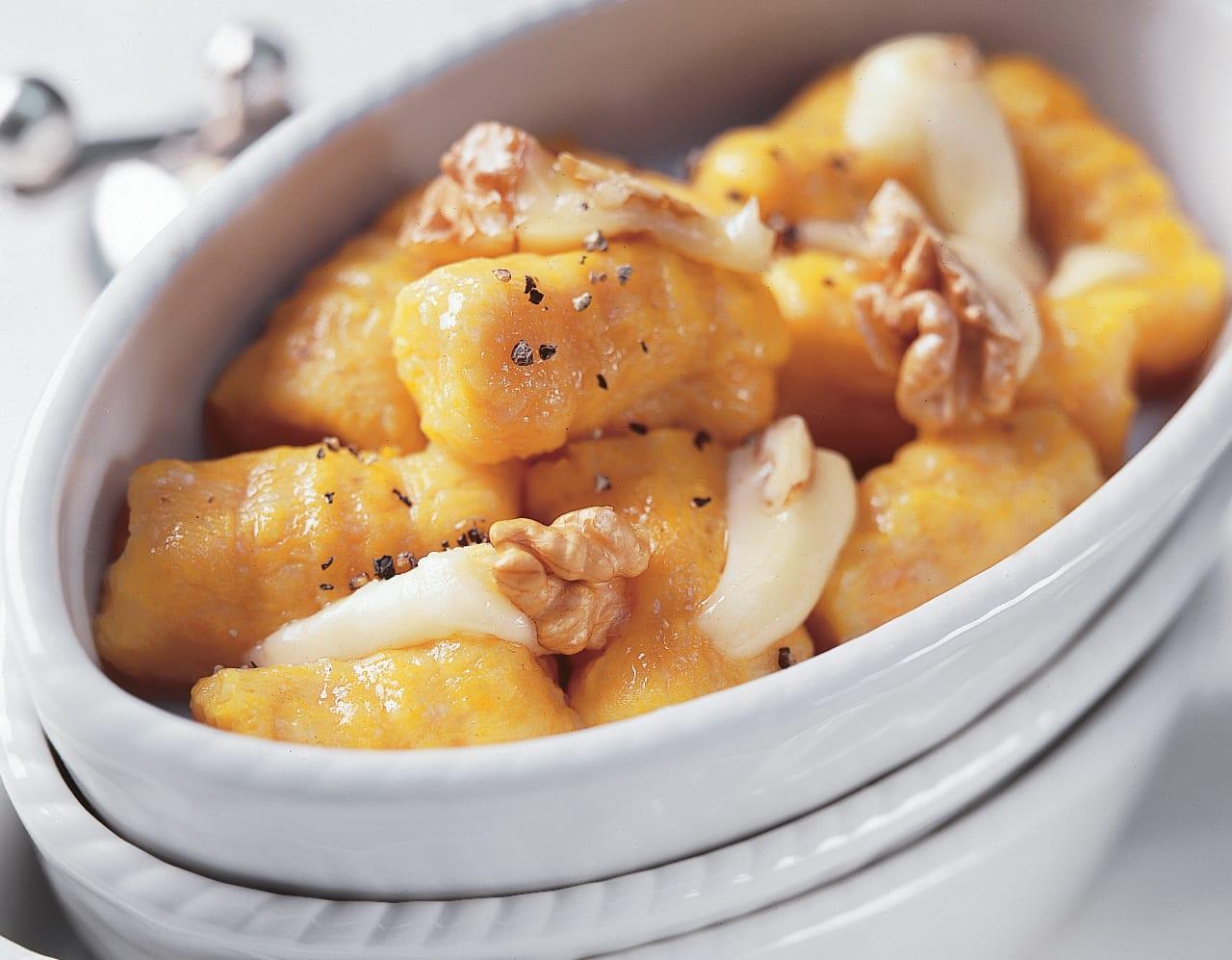 Kürbis-Gnocchi mit Nuss-Chäs